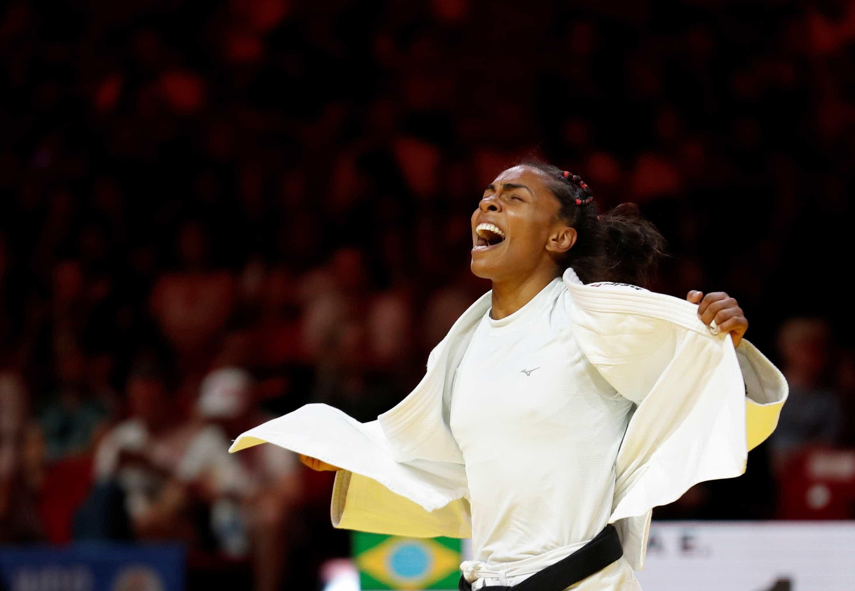 Medalhista nos últimos 5 mundiais, judoca Érika Miranda se aposenta