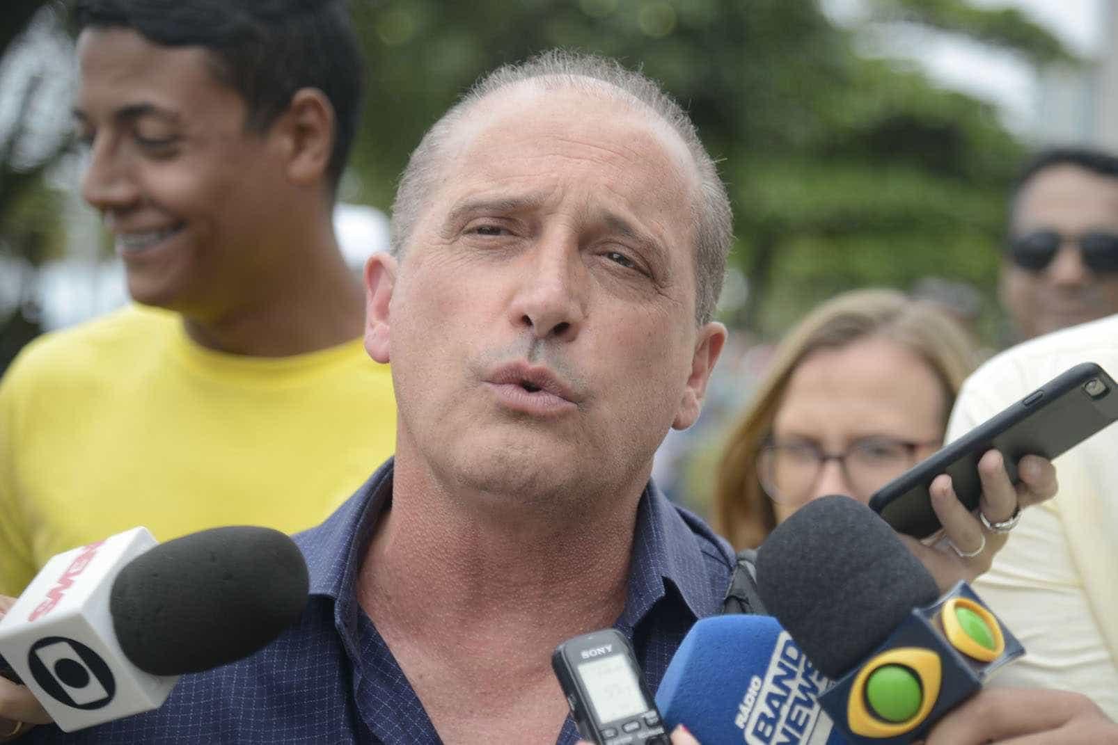 Conheça o polêmico Onyx Lorenzoni, futuro ministro de Bolsonaro