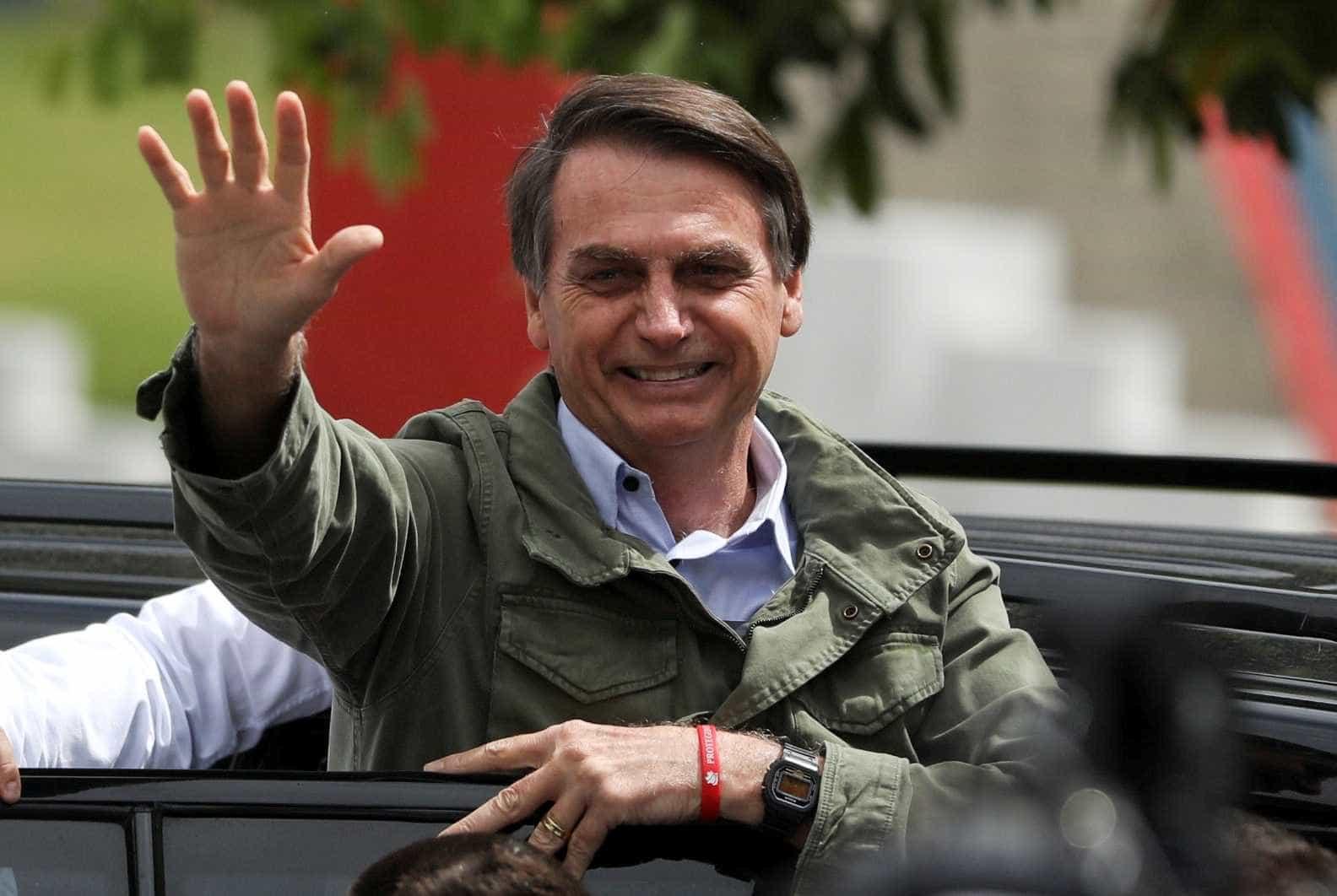 Bolsonaro se reveza entre Rio, Brasília e São Paulo esta semana