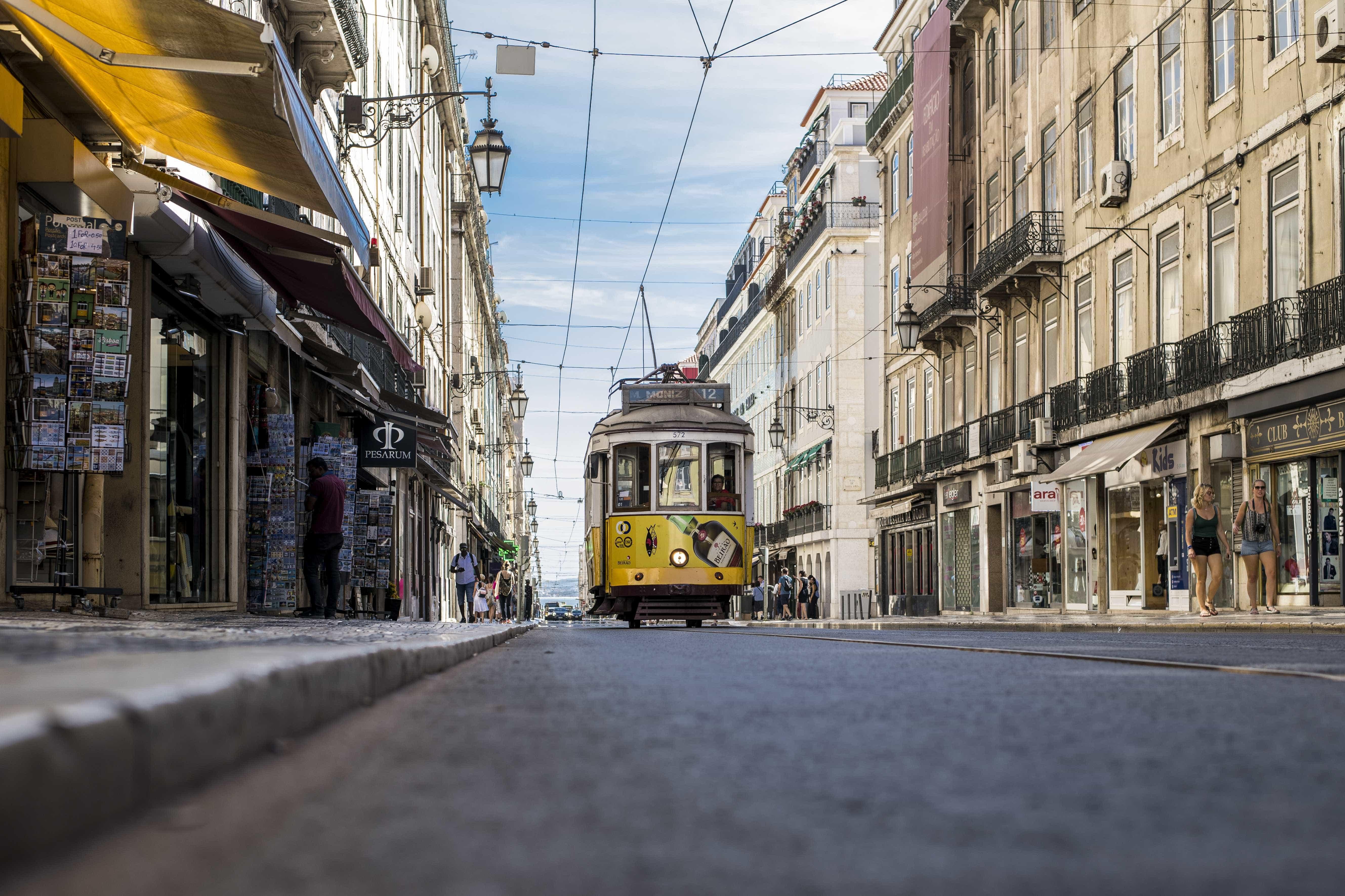 Incêndio em hotel no centro de Lisboa deixa quatro feridos