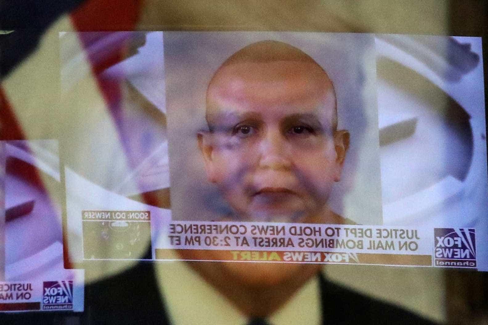 Suspeito de enviar pacotes-bomba nos EUA é julgado em NY