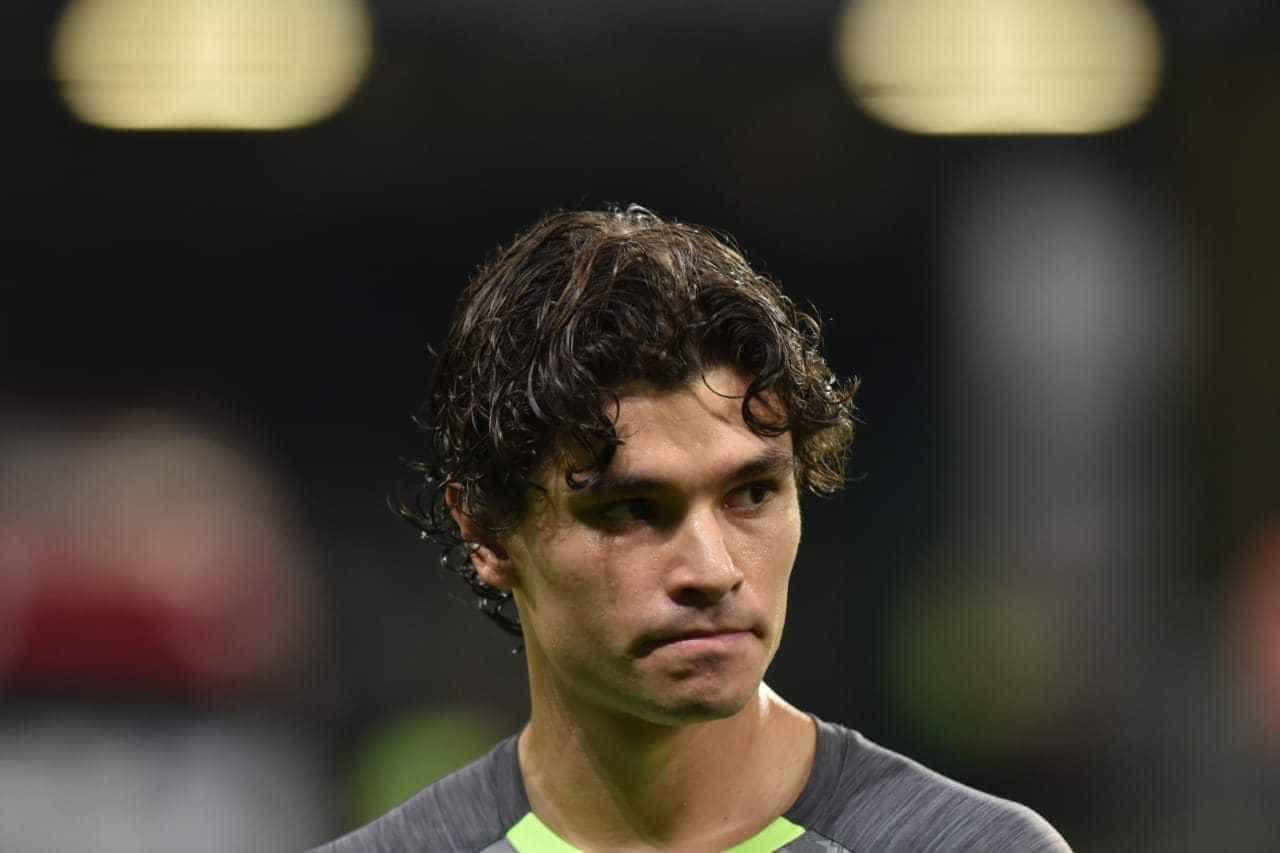Empresários oferecem ao Flamengo dois jogadores do Santos