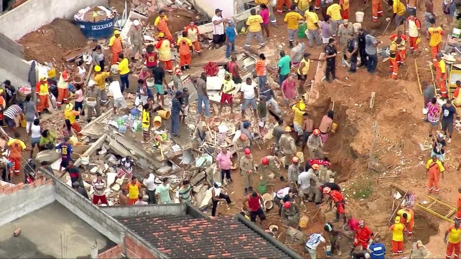 Deslizamento de morro deixa ao menos 7 mortos em Niterói, no RJ