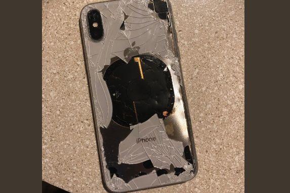 iPhone X explode enquanto atualizava software, diz dono do aparelho