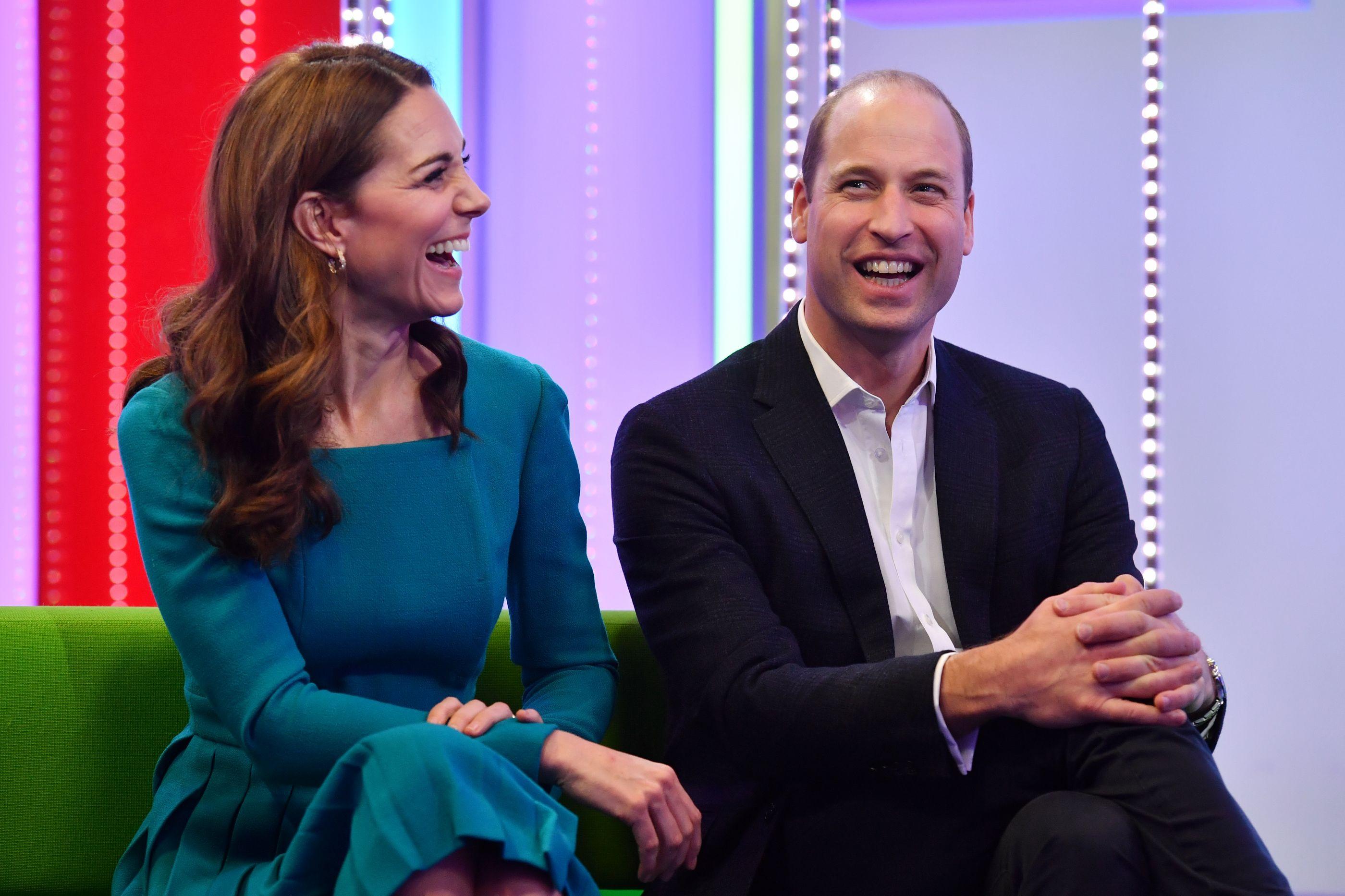 Kate Middleton repete vestido em evento