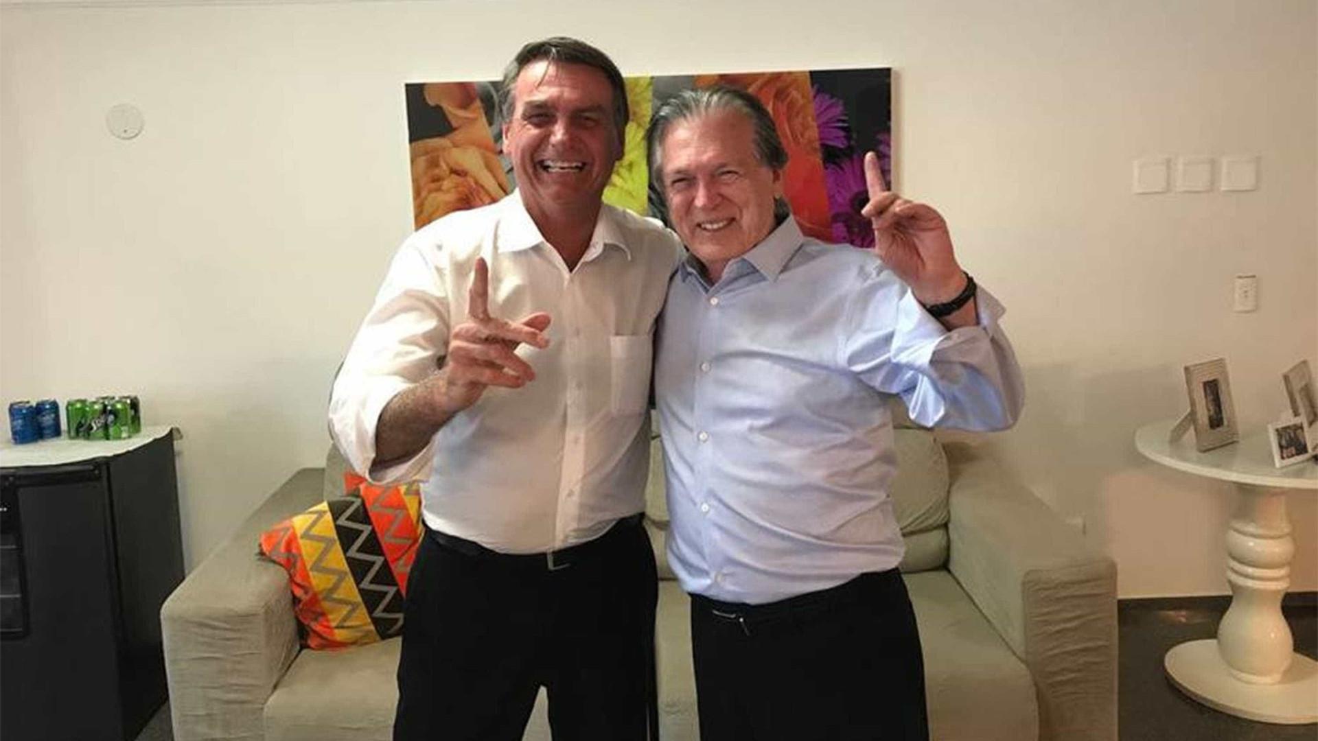 Procuradoria investiga caixa dois em campanha do presidente do PSL