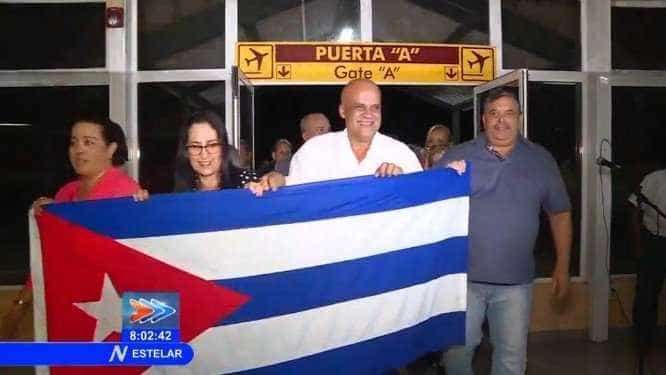 Mais Médicos: 196 profissionais chegam a Cuba após deixar o Brasil