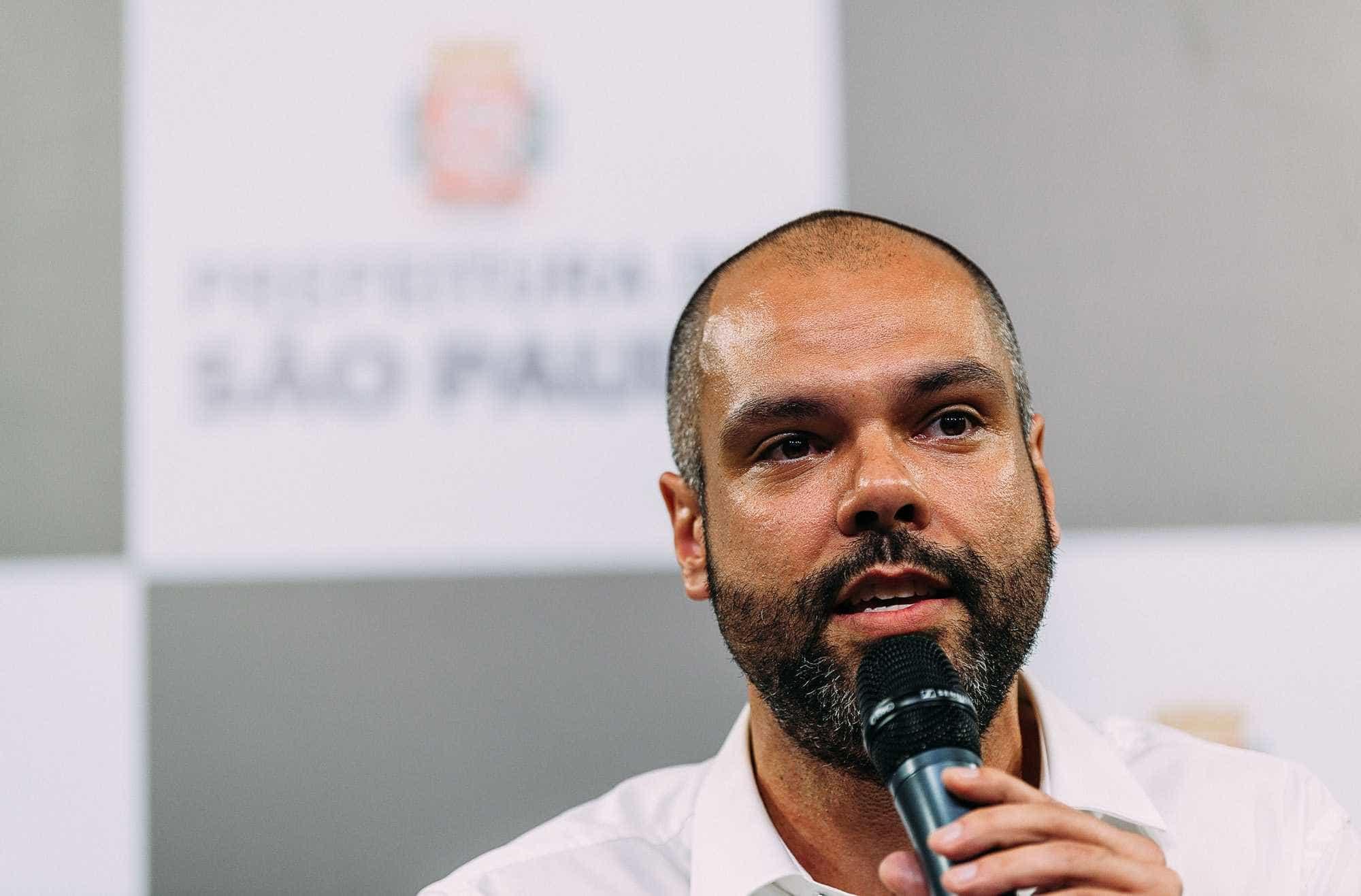 Covas pede laudos e admite que vistoria em viadutos é 'insuficiente'