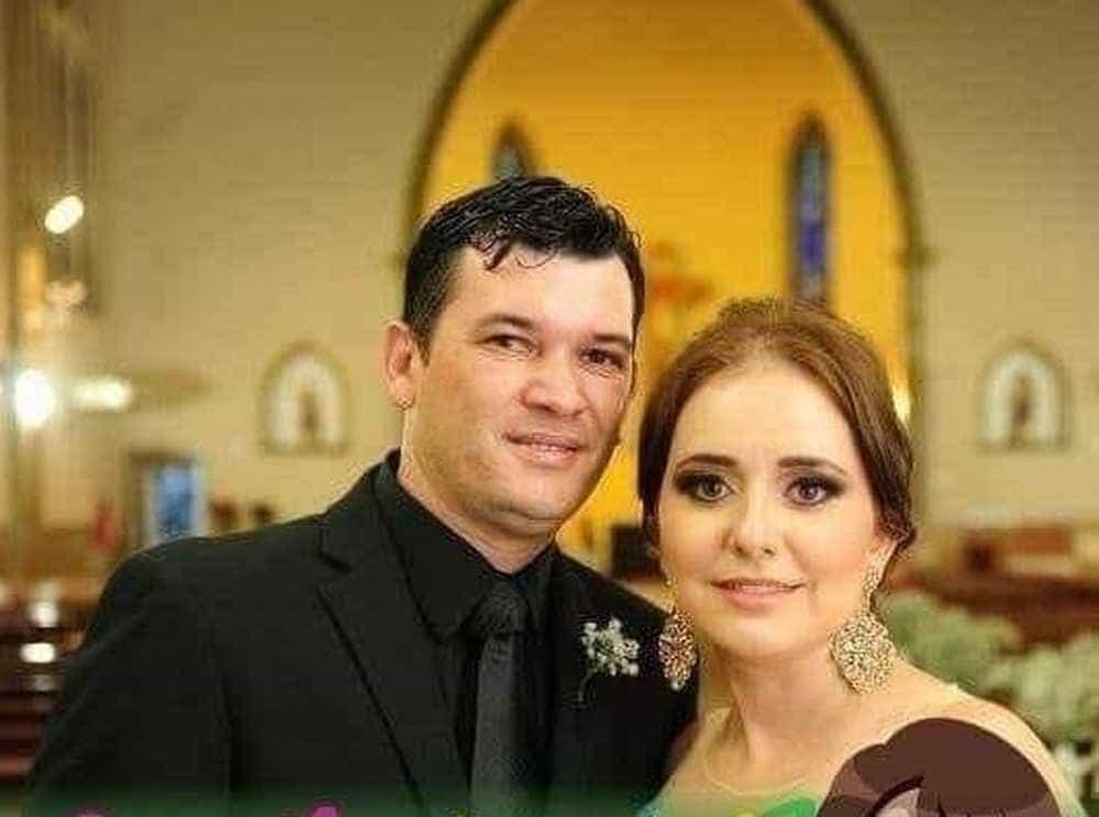 Homem que esfaqueou esposa diz que 'perdeu a cabeça' com ciúmes