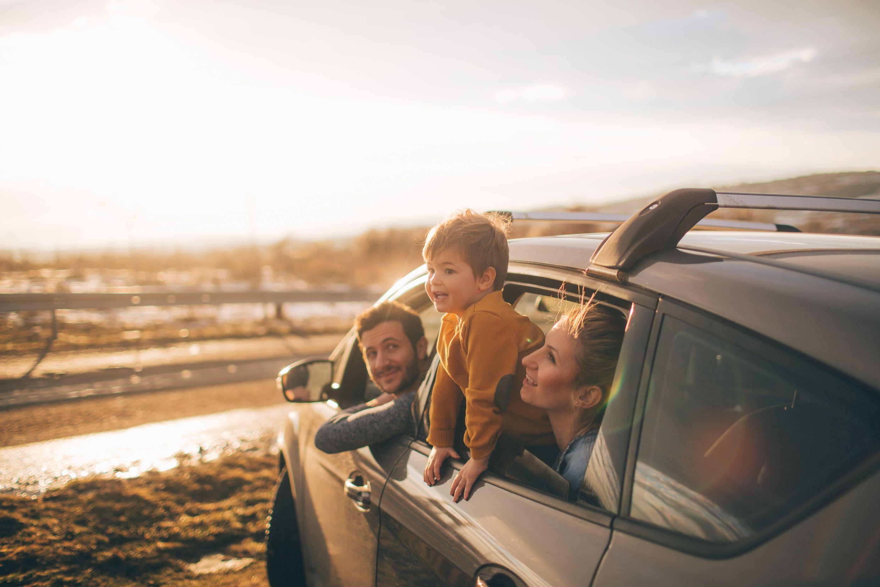 Seis erros que se deve evitar ao viajar de carro com crianças