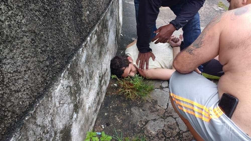 A caminho de velório, família captura suspeito de matar ex-mulher no RJ