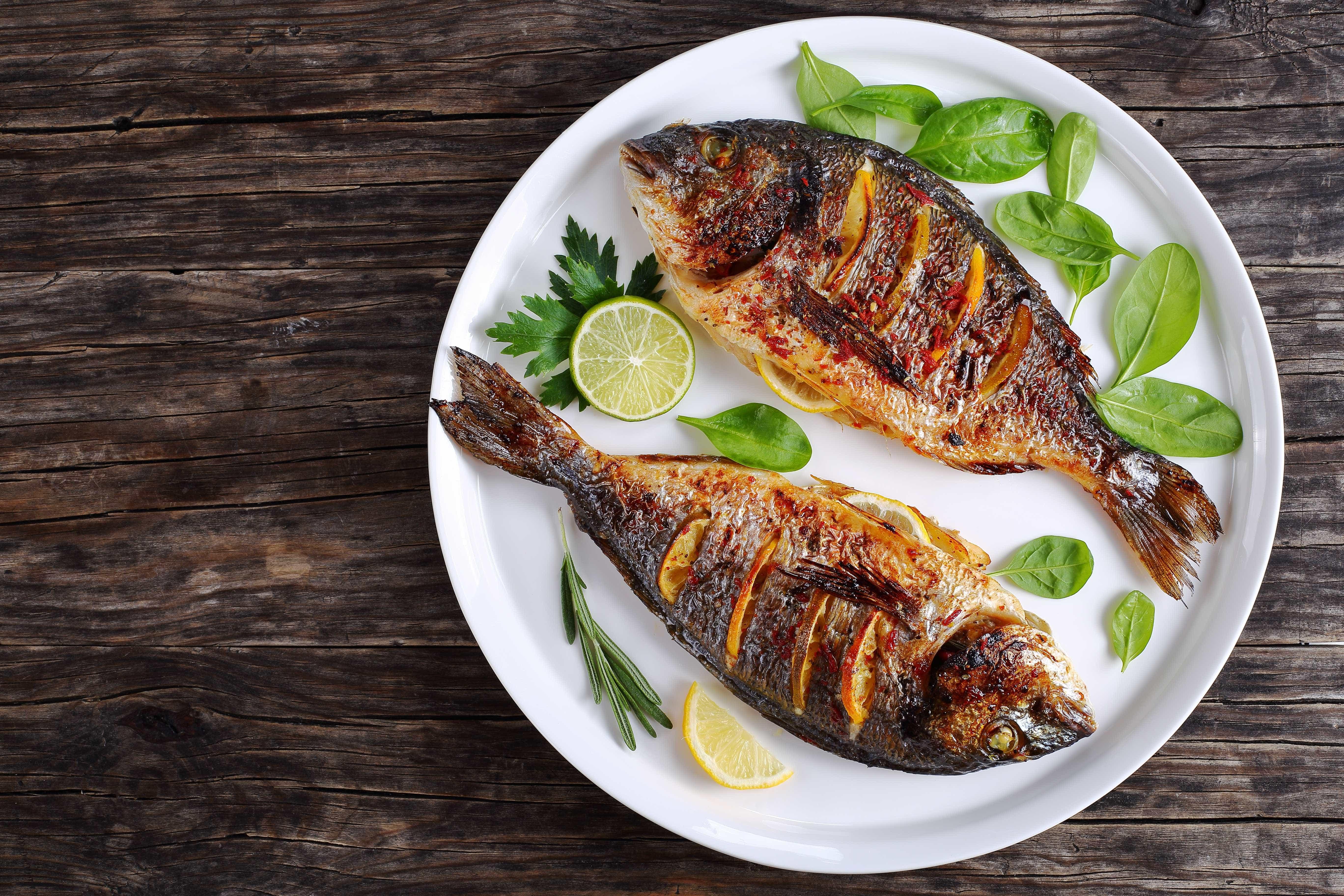 5 segredos para temperar peixe em casa