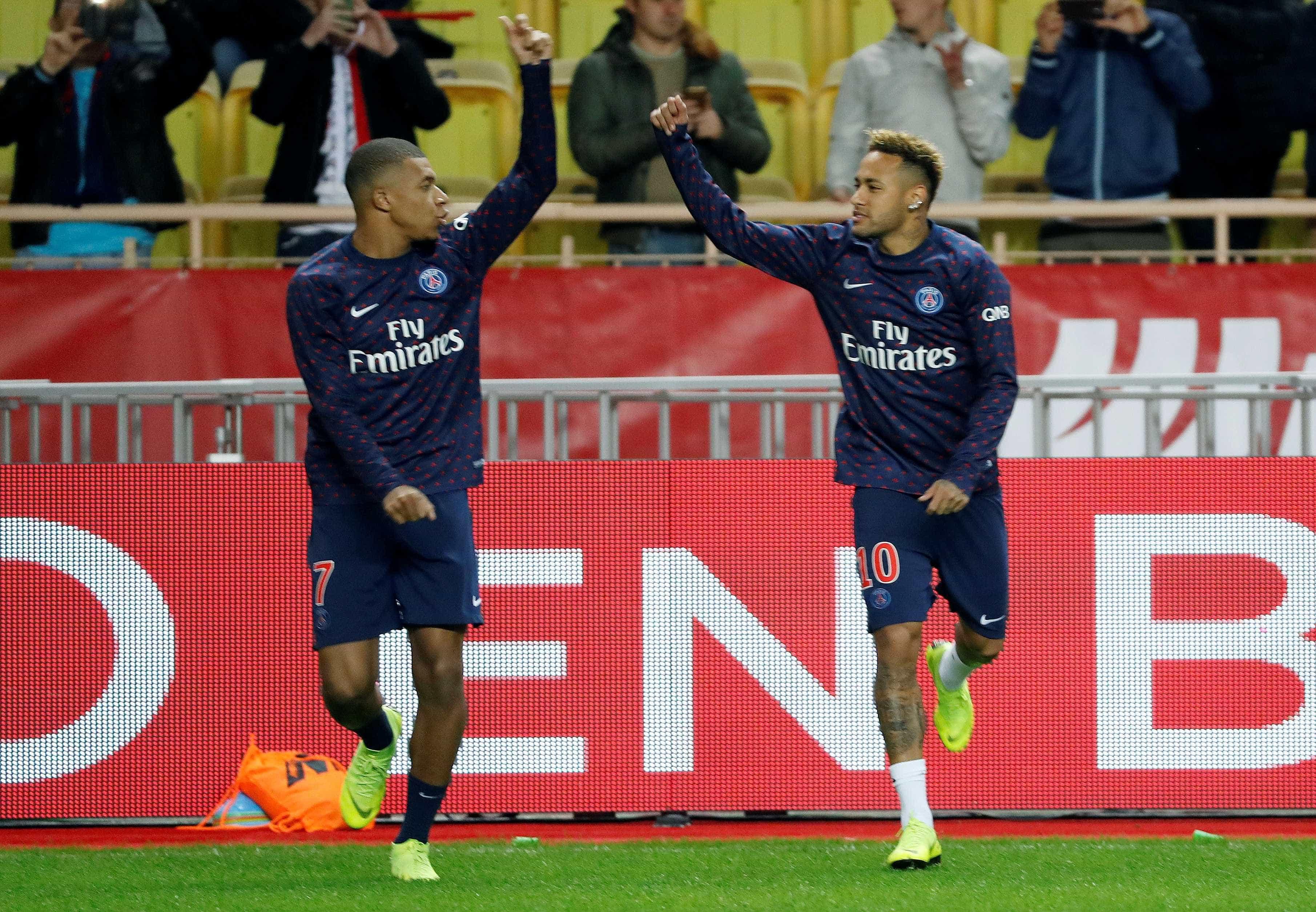 Jornal francês afirma que o PSG está disposto a vender Neymar ou Mbappé