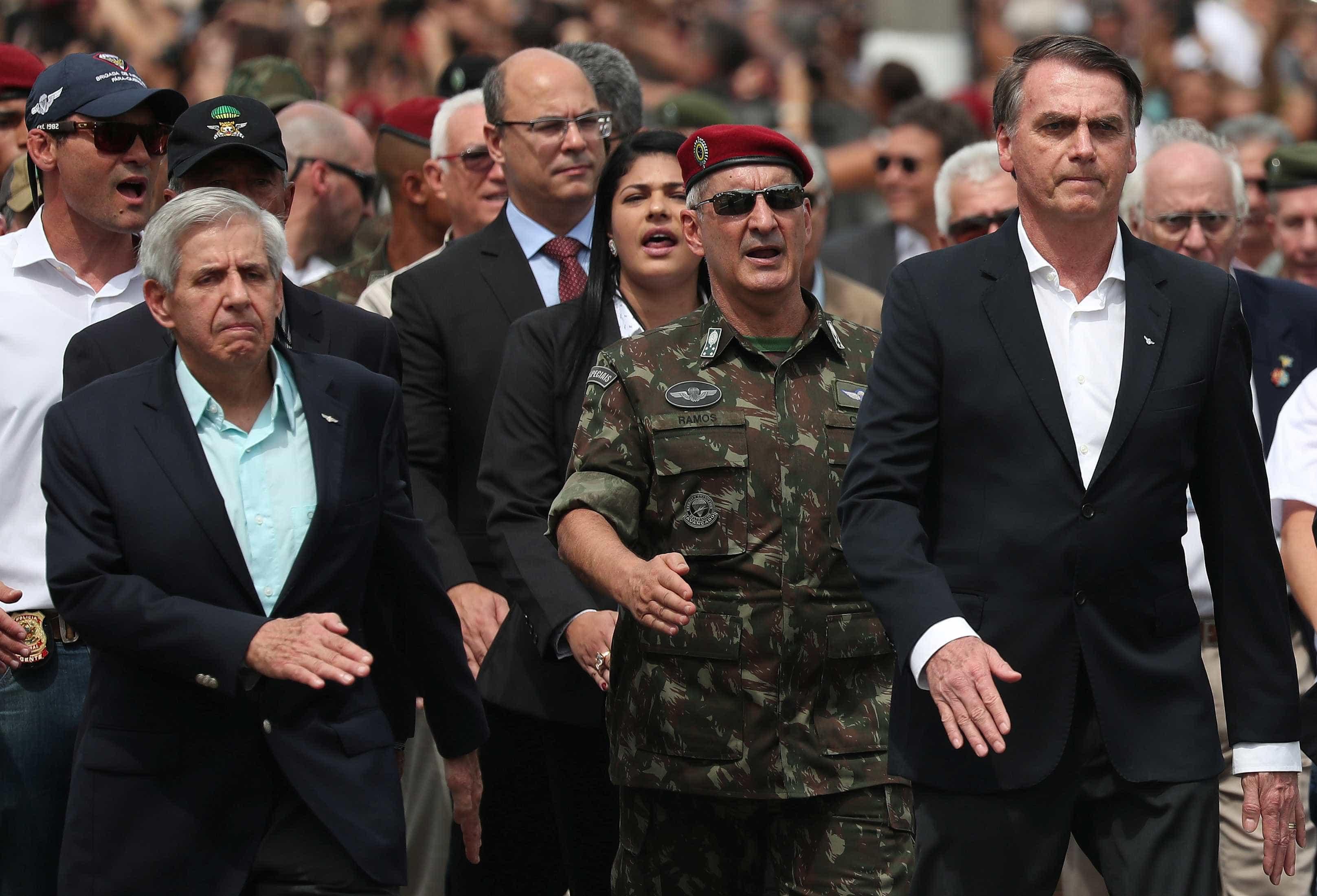 'Quando PT escalava terrorista, ninguém falava nada', diz Bolsonaro