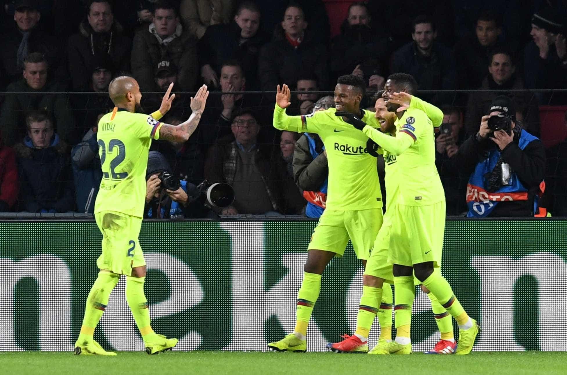 Com gol de Messi, Barça supera PSV e avança; Tottenham bate a Inter