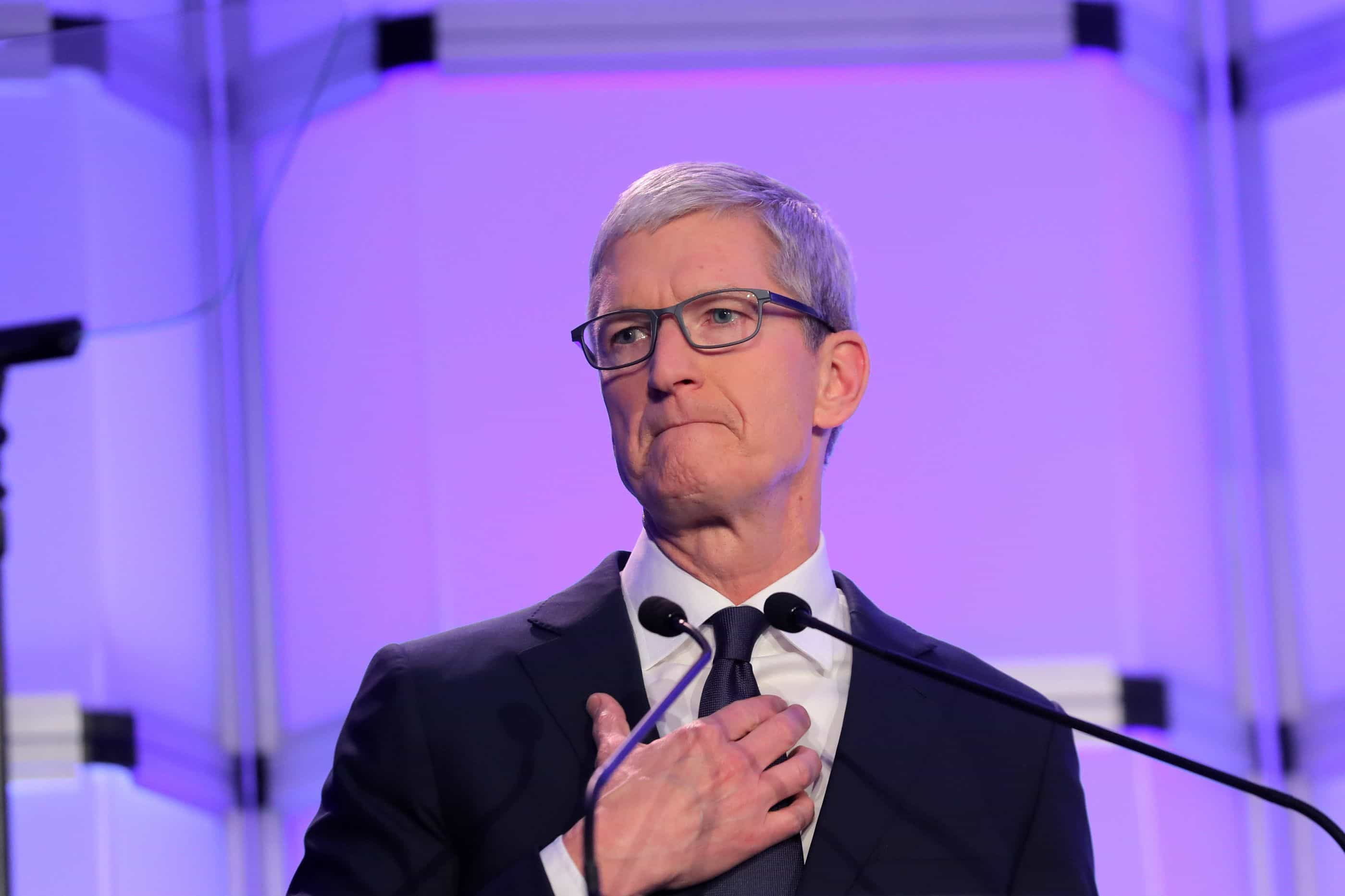 Discurso de ódio? 'Não tem lugar na nossa plataforma', diz CEO da Apple