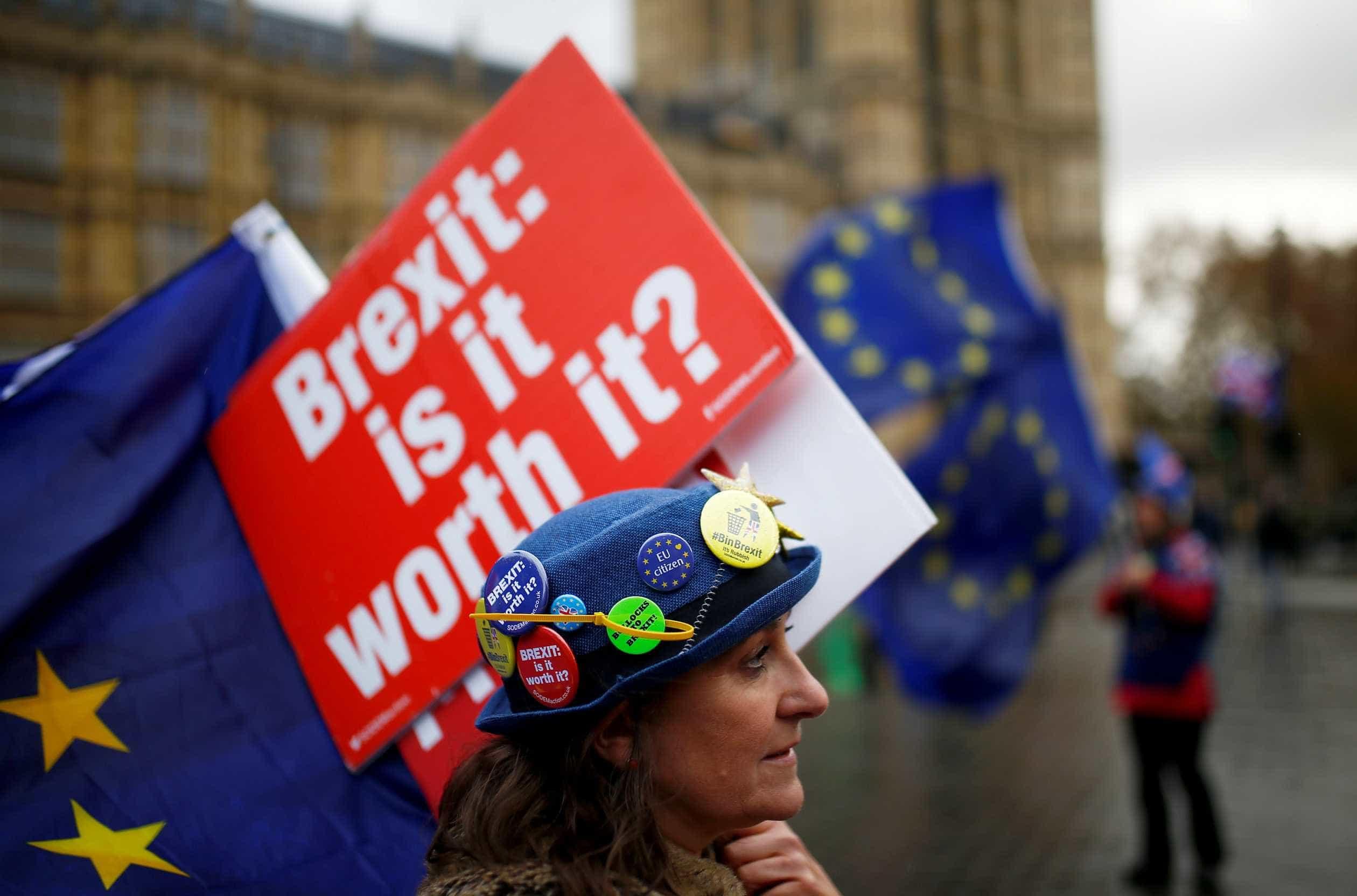 Acordo do Brexit é criticado após publicação de análise legal