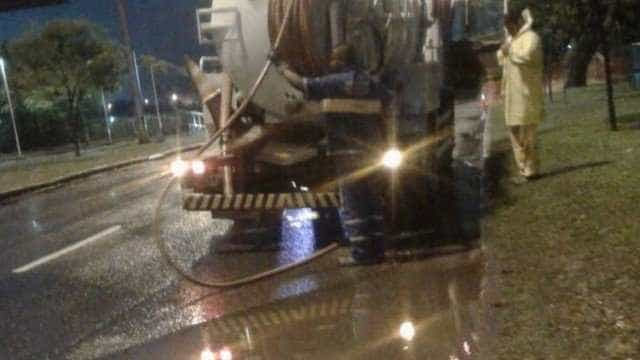 Chuva forma bolsões de água na Zona Sul do Rio