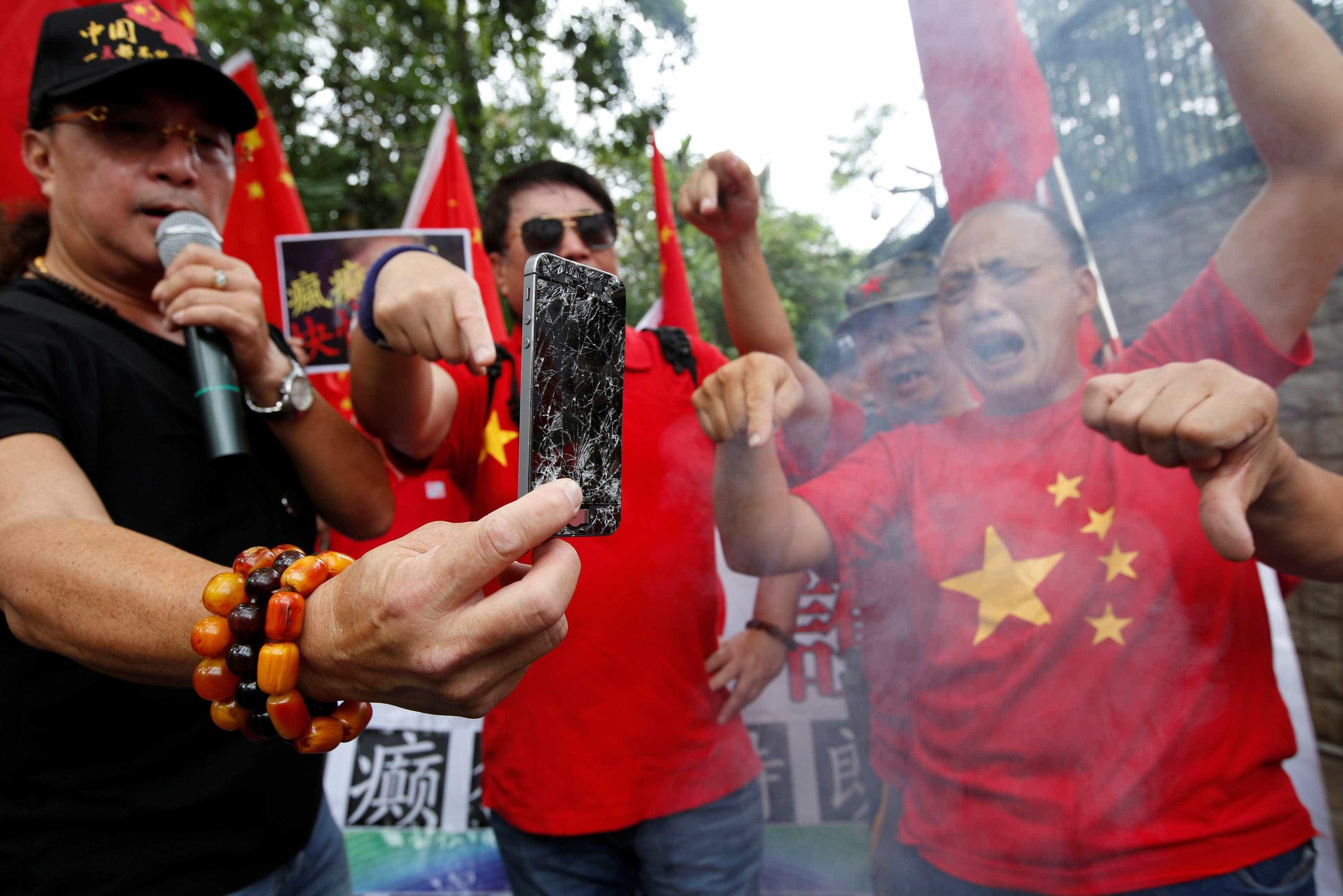 Justiça proíbe comércio de modelos de iPhone na China