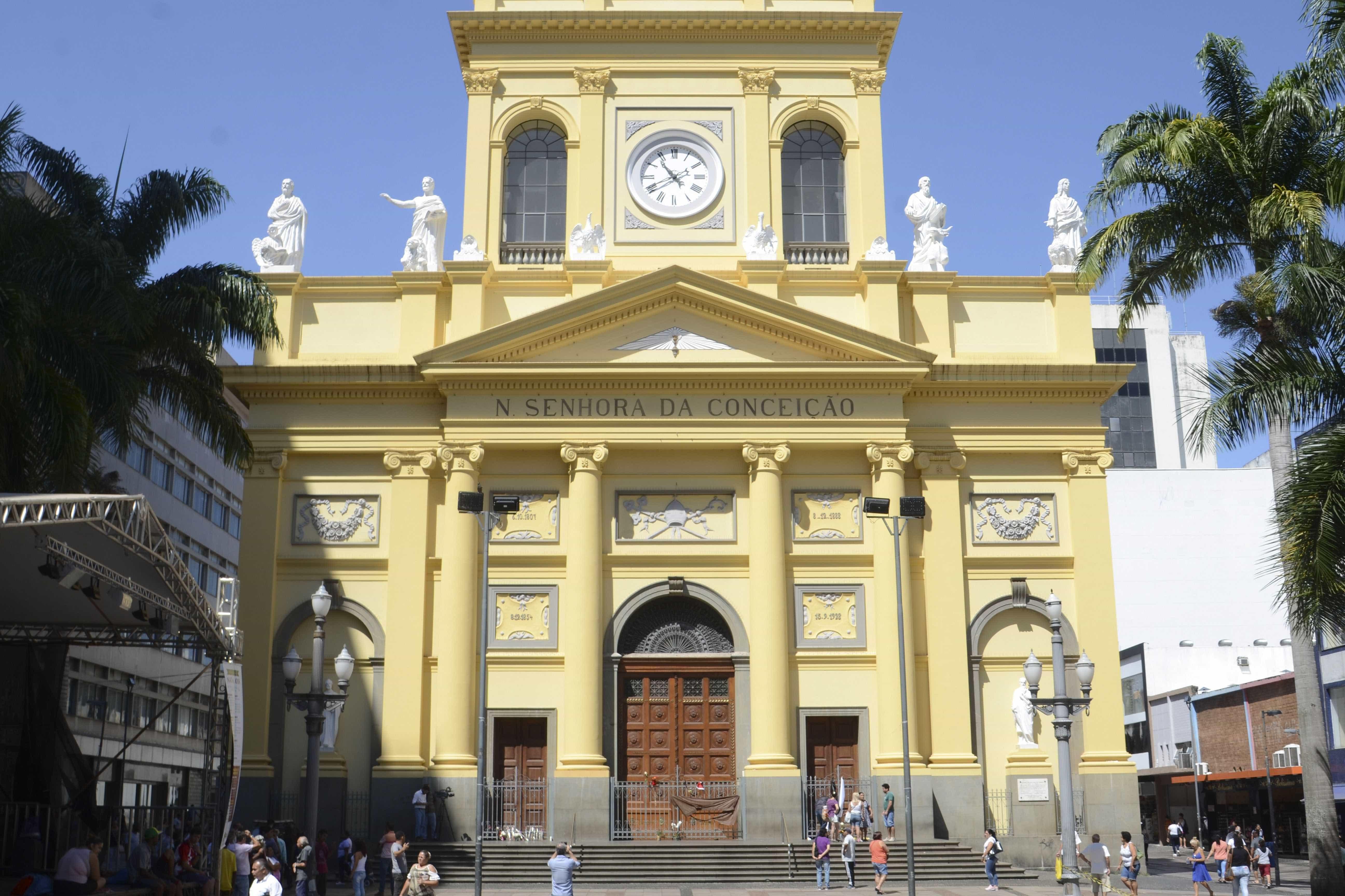 Primeiros policiais a entrar na catedral narram ação em Campinas