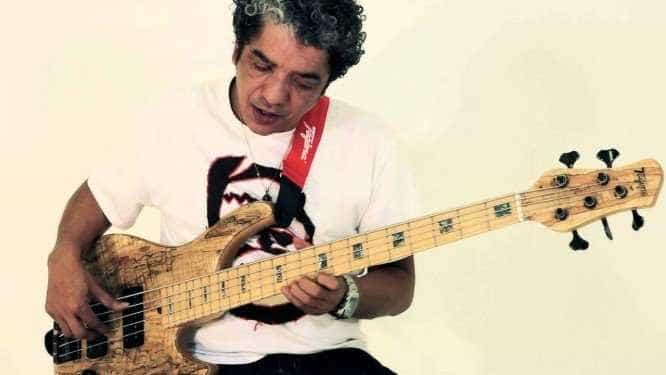 Morre aos 56 anos o baixista carioca Arthur Maia