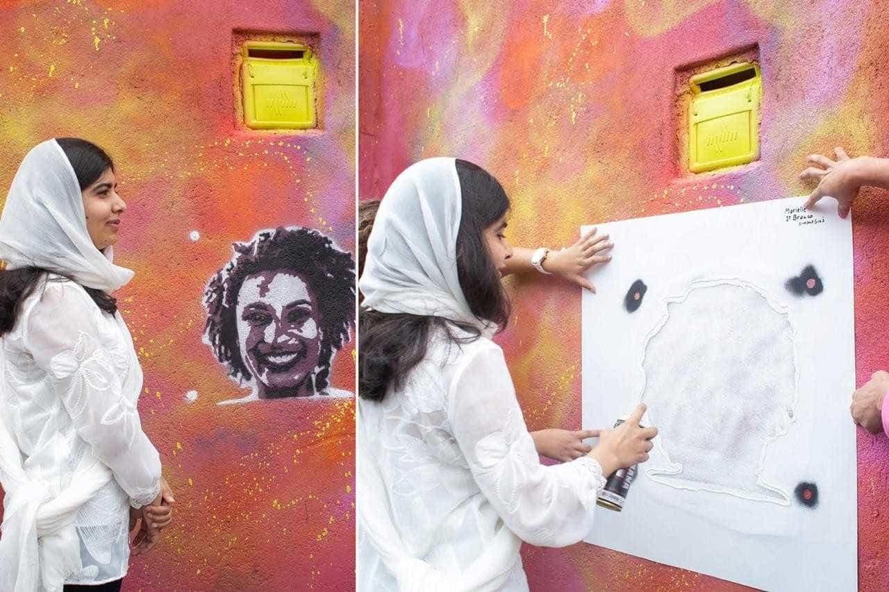 Grafite de Malala para Marielle Franco é vandalizado no Rio