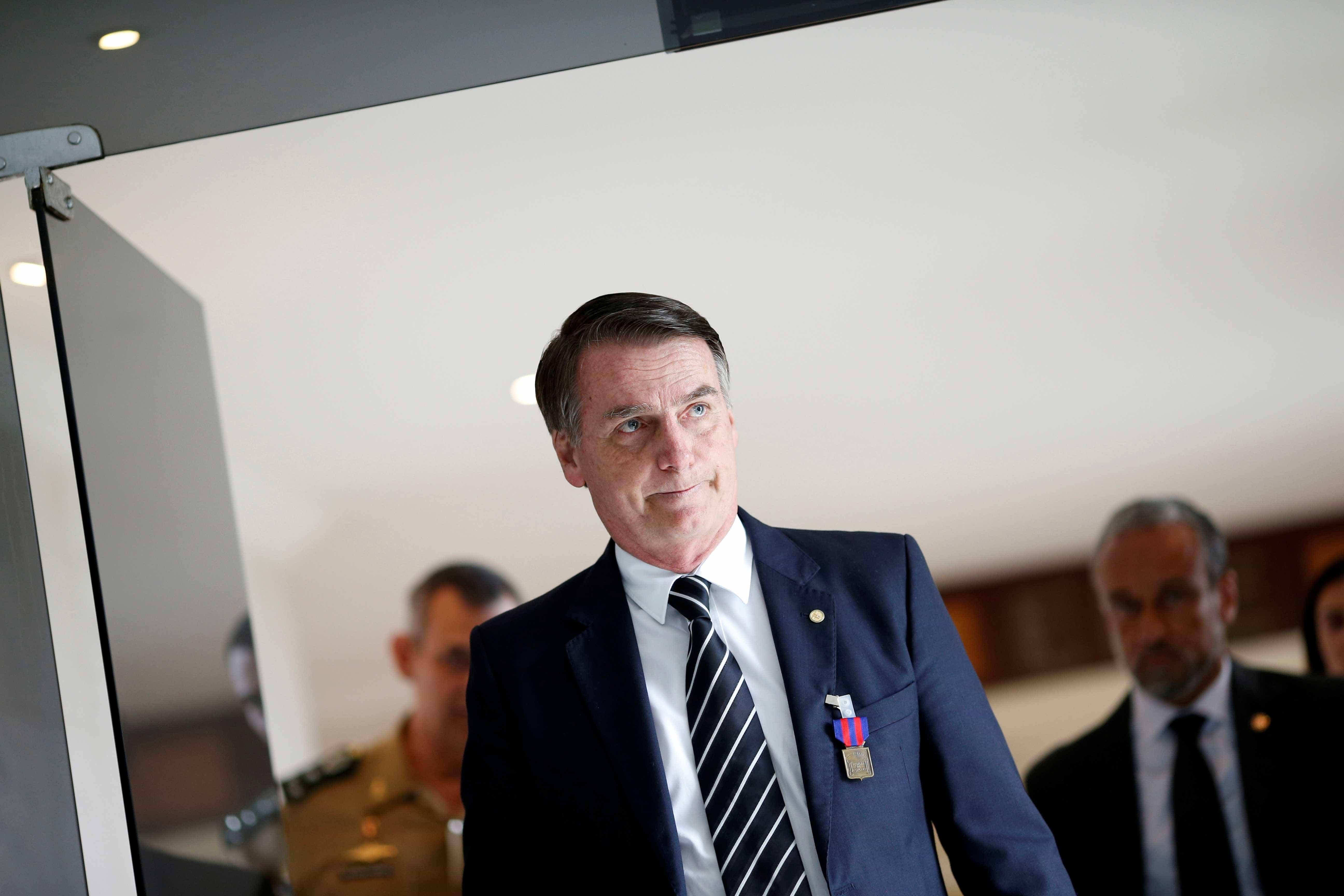 Sem festa, Bolsonaro passa ano novo em clima familiar na Granja
