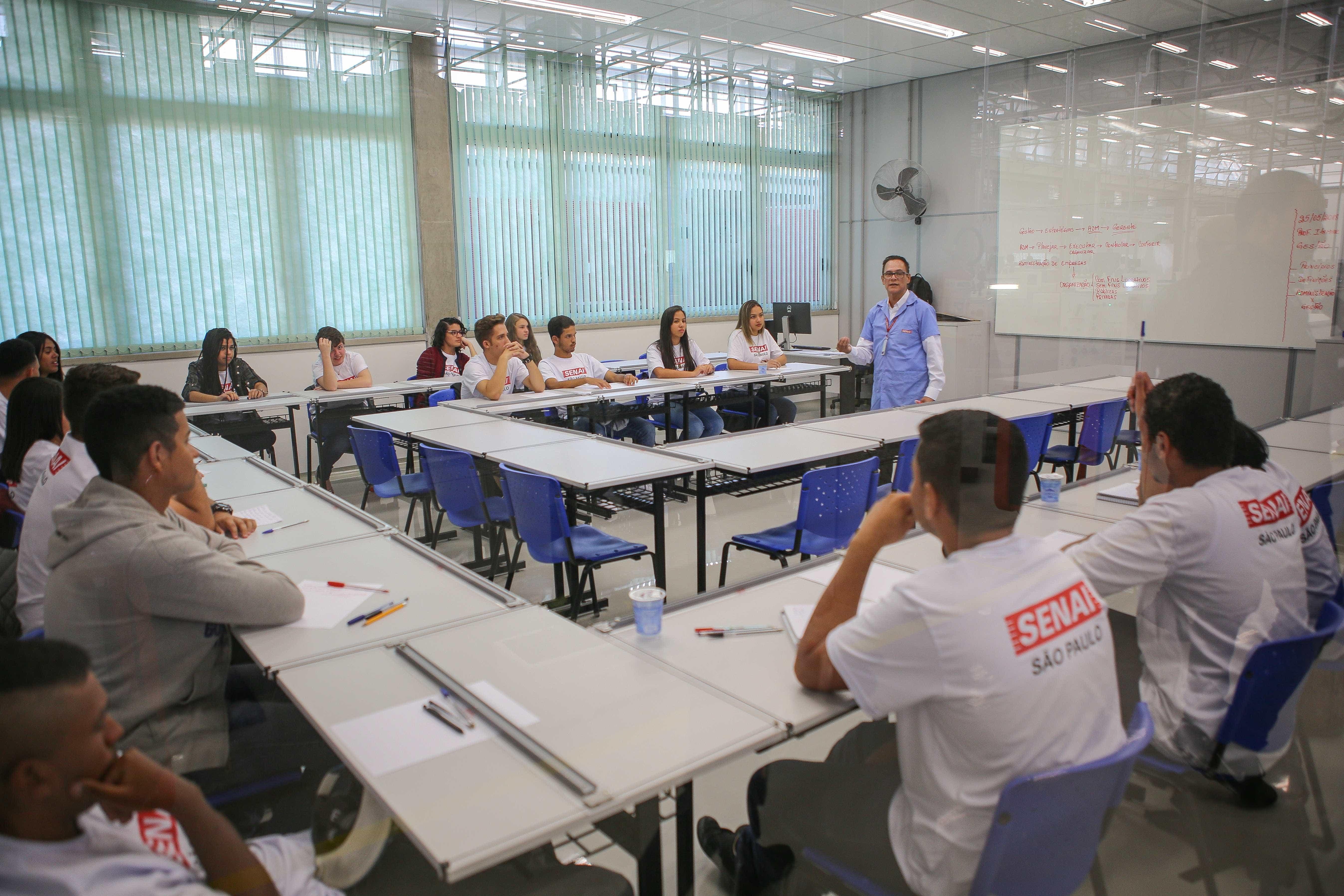 Para Sesi e Senai, corte no Sistema S pode fechar escolas
