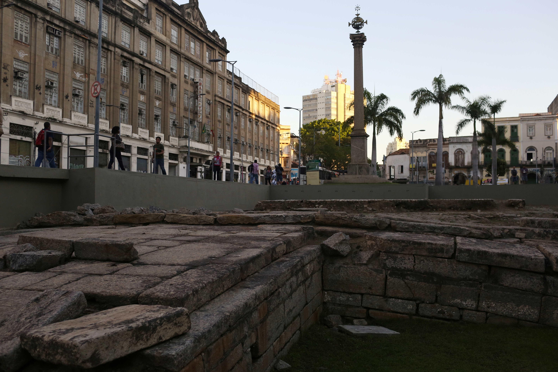 Patrimônio da Humanidade, Cais do Valongo sofre alagamento no Rio