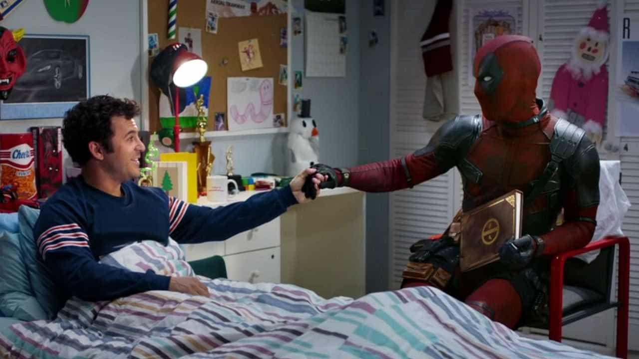 Anti-herói discute 'Deadpool 2' com ex-astro-mirim em versão turbinada