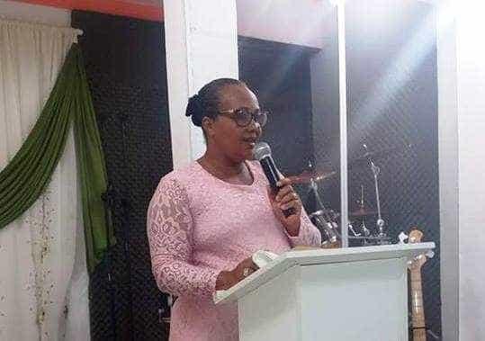 Pastora evangélica é morta durante briga entre vizinhos