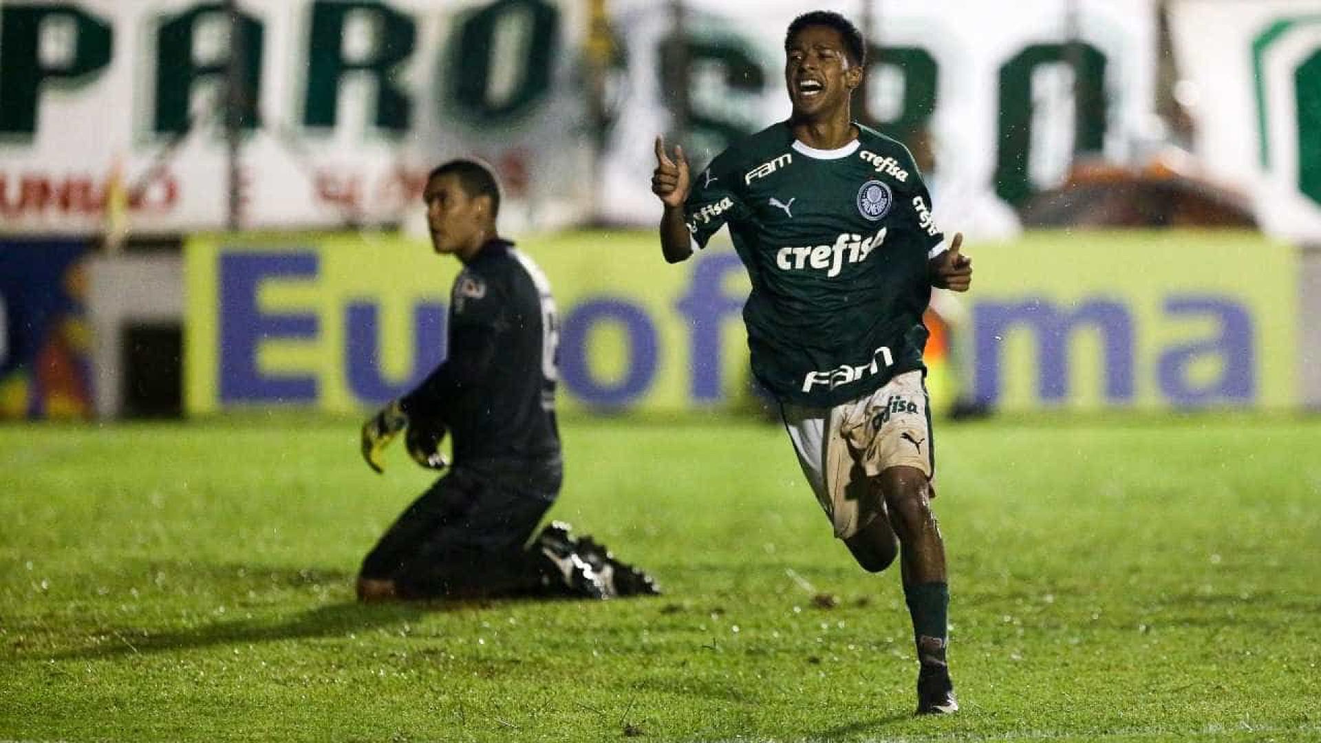 ddf130769dfaa Palmeiras estreia na Copinha com novo uniforme e vitória sobre o Galvez