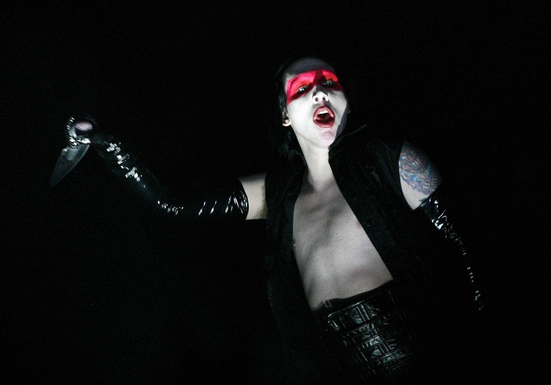 Marilyn Manson faz 50 anos e continua ainda mais excêntrico
