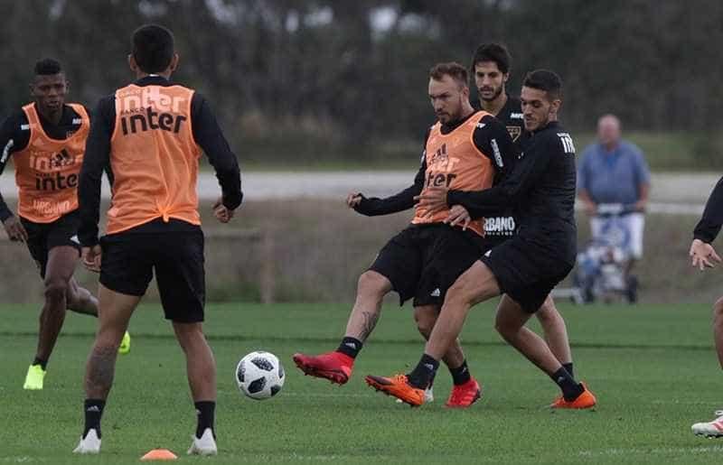 Pablo minimiza pressão por ser o jogador mais caro do São Paulo