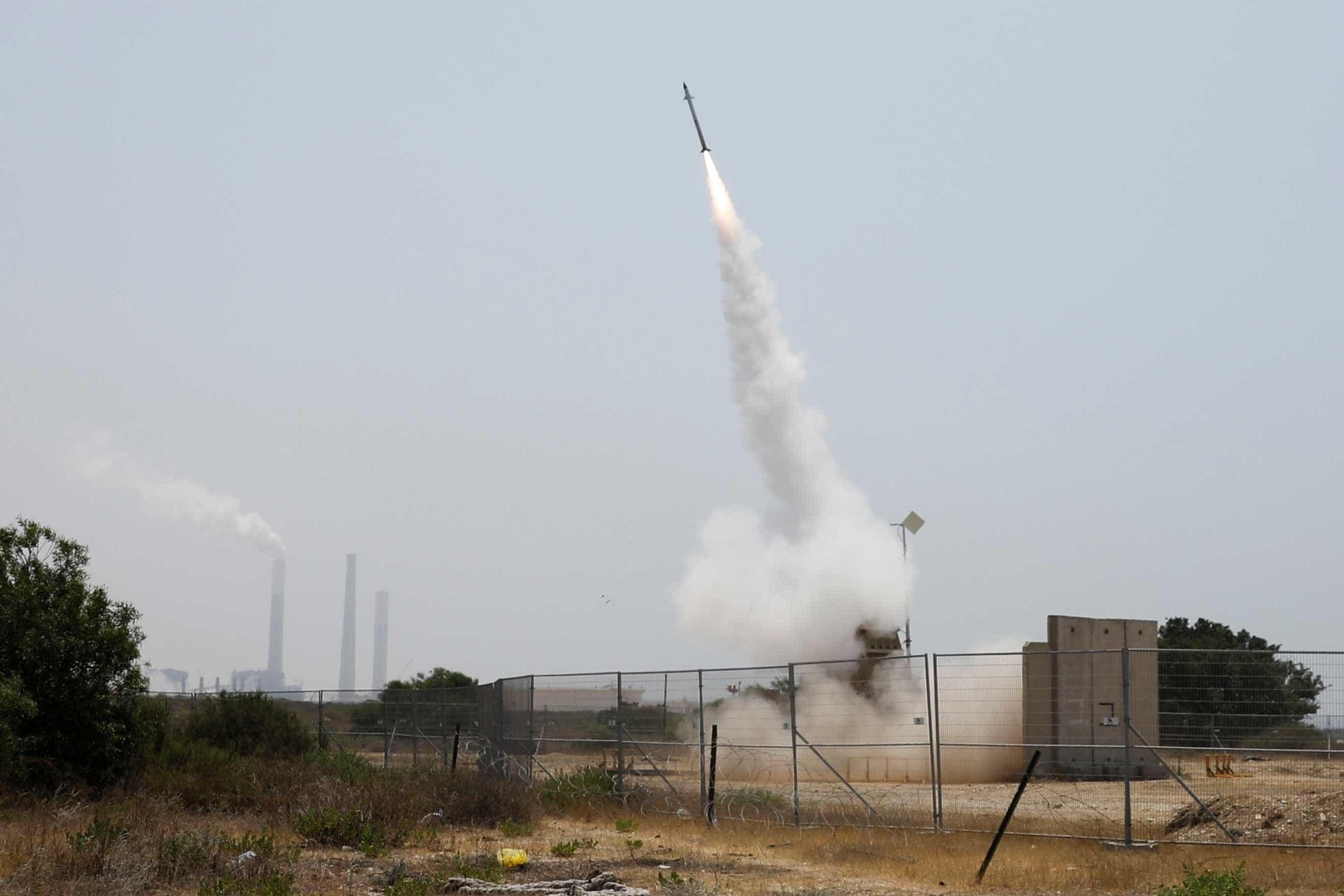 Aviação de Israel ataca Gaza em represália a disparo de foguete