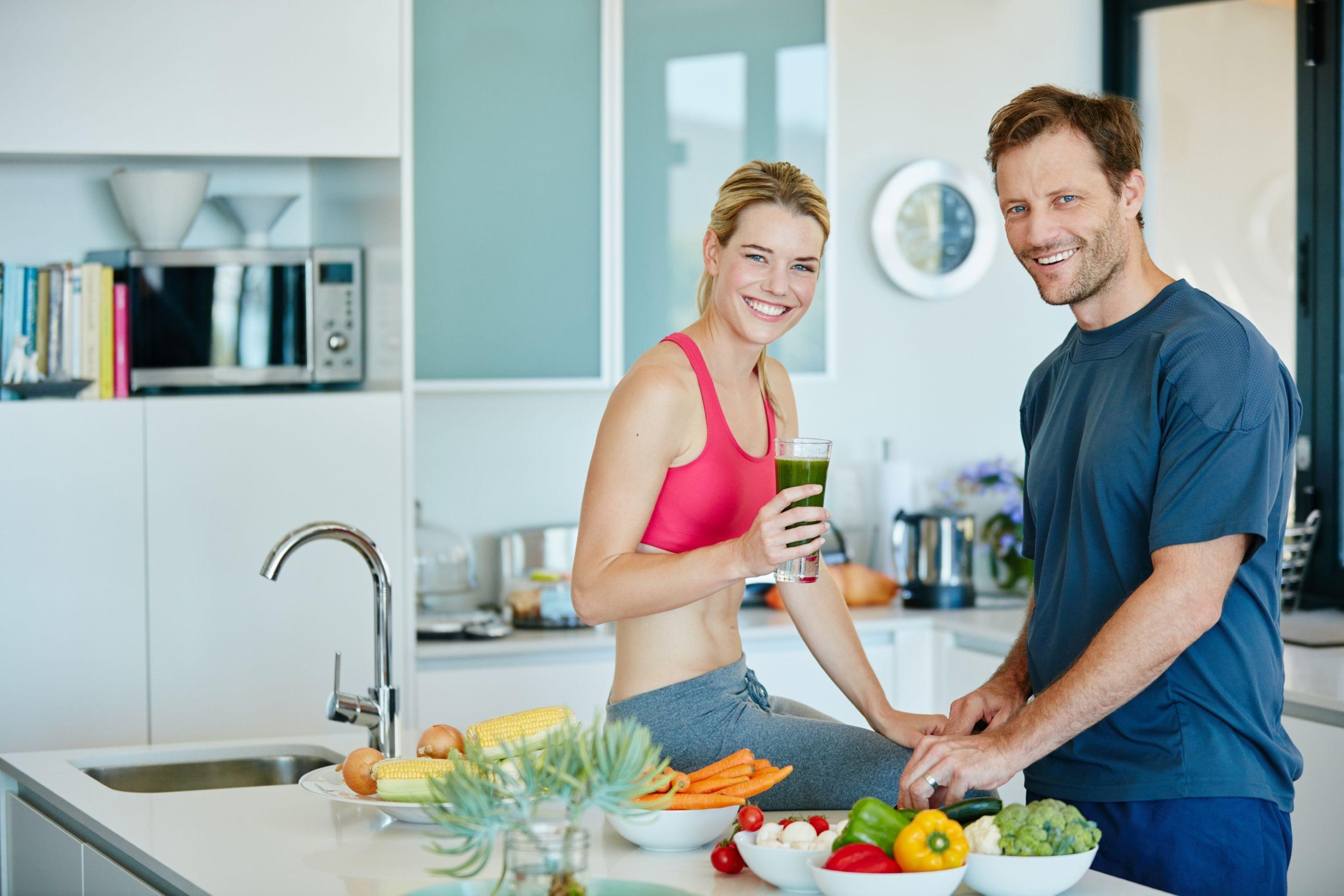 Saiba o que deve comer e evitar antes do treino