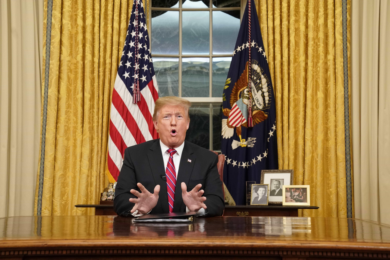 Trump reitera que manterá governo fechado até muro ser aprovado