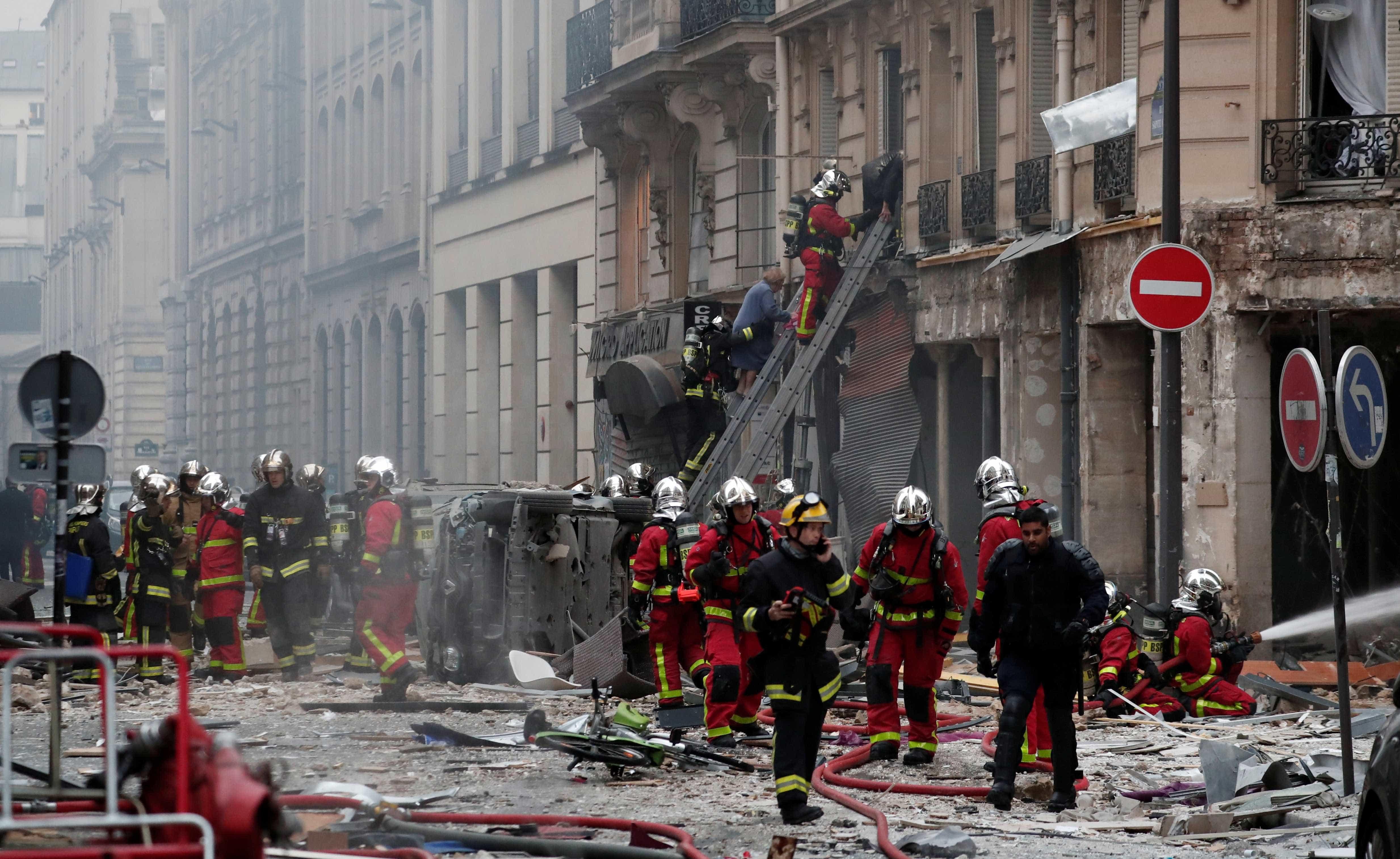 Explosão em padaria de Paris deixa mortos e quase 50 feridos