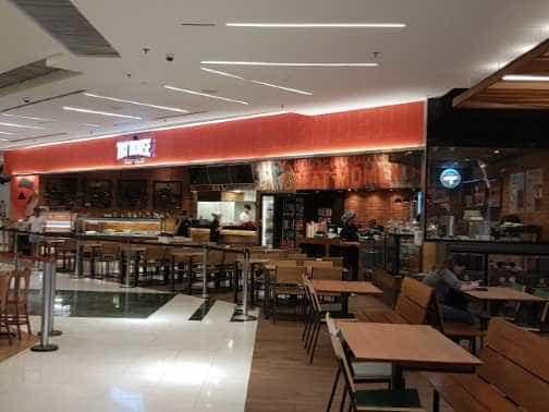 Explosão em restaurante deixa feridos em shopping na Zona Sul do Rio