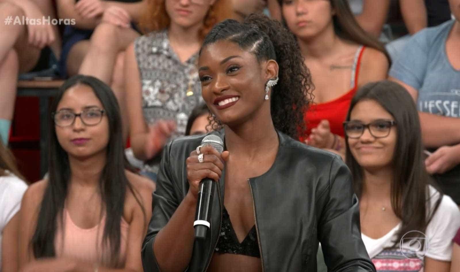 Erika Januza lembra ofensas raciais durante o 'Dança dos Famosos'