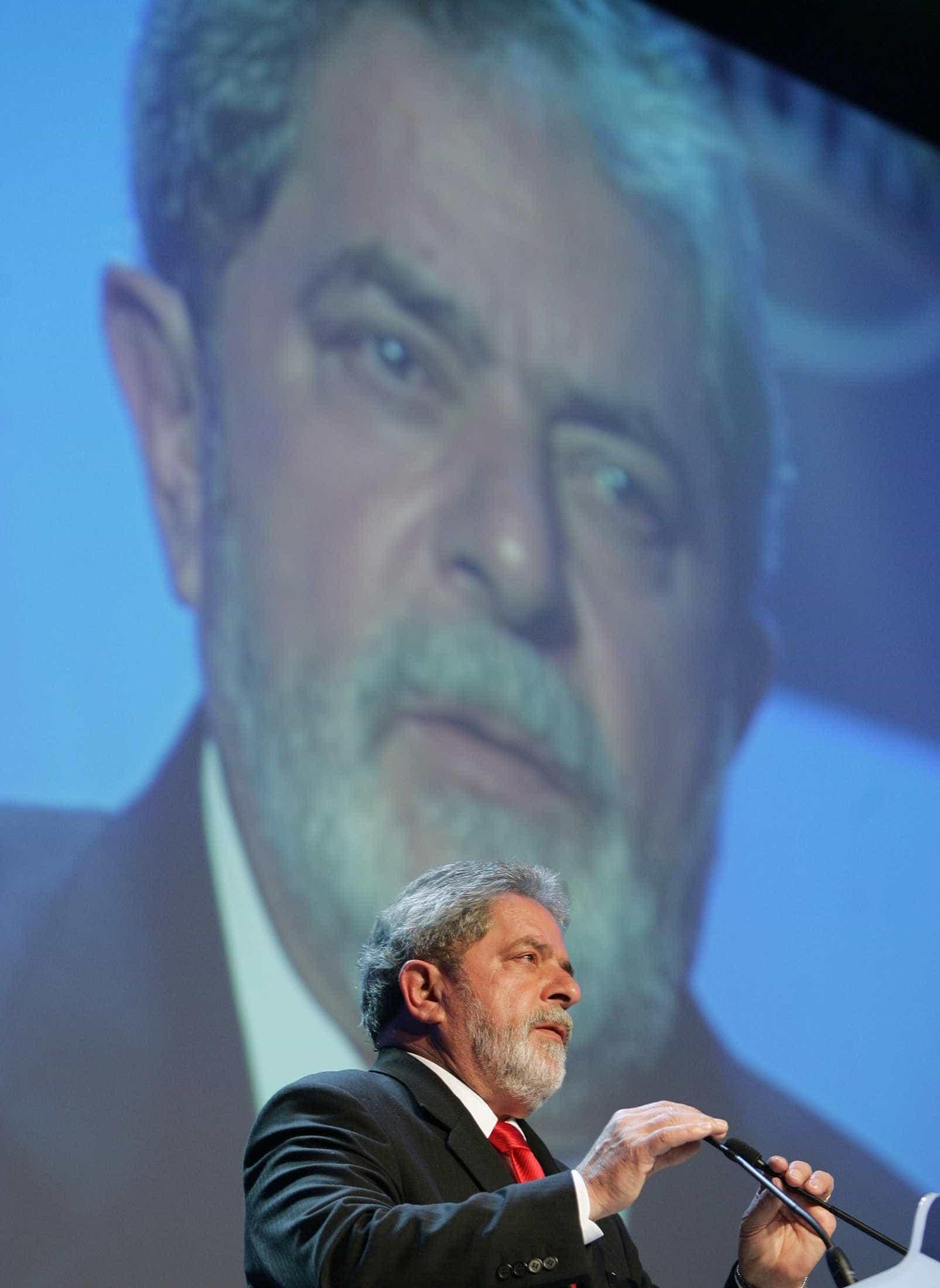 PF se posiciona sobre liberação de Lula para velório do irmão
