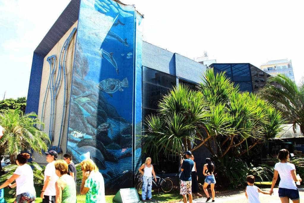 Painel do Aquário de Santos é restaurado neste final de semana