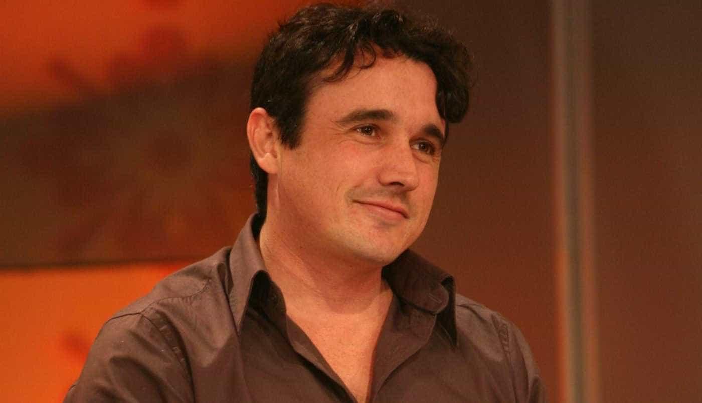 Irmão de Caio Junqueira presta homenagem ao ator com vídeo familiar