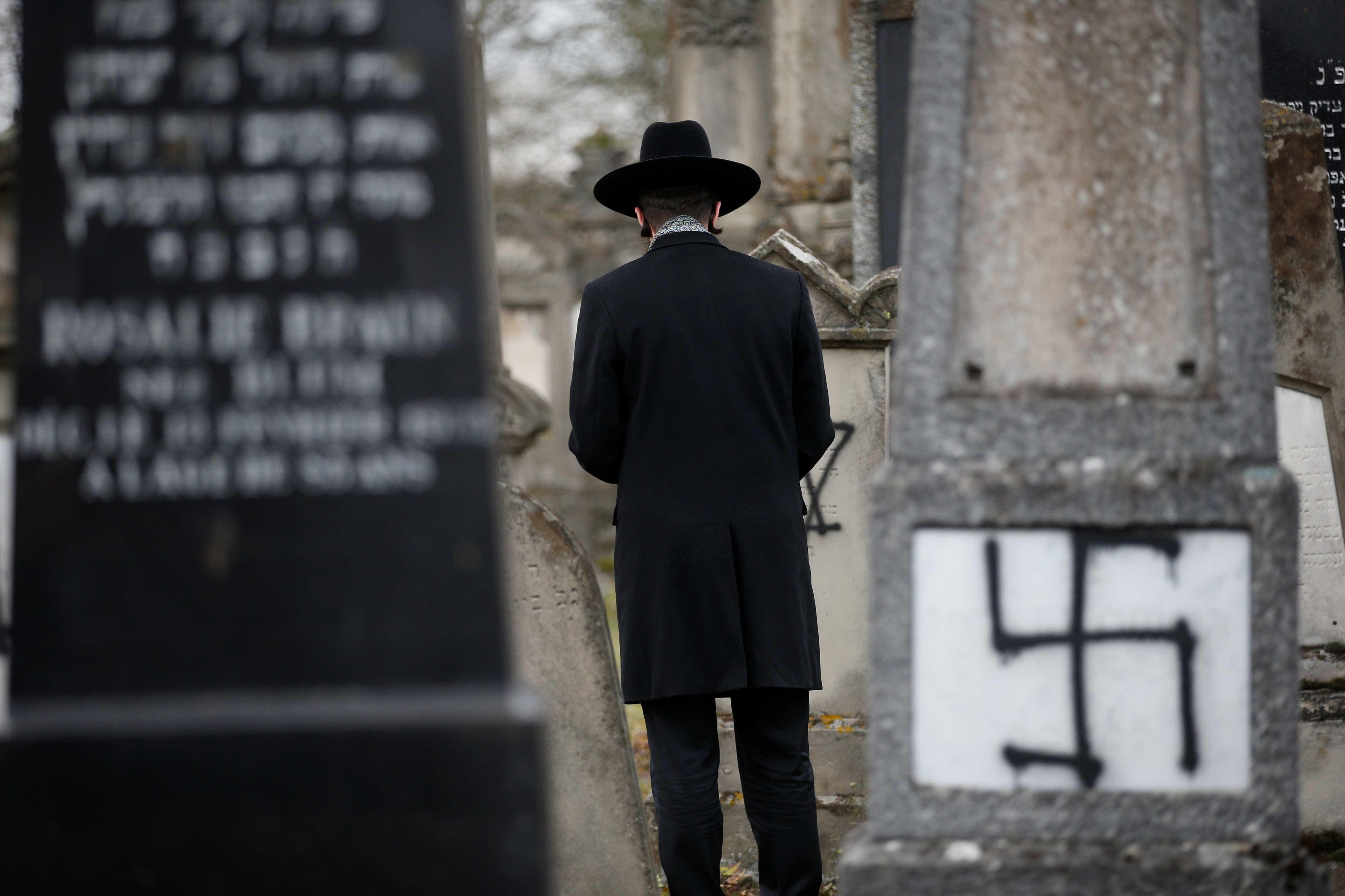 Para 1 em cada 3 europeus, antissemitismo cresceu nos últimos 5 anos