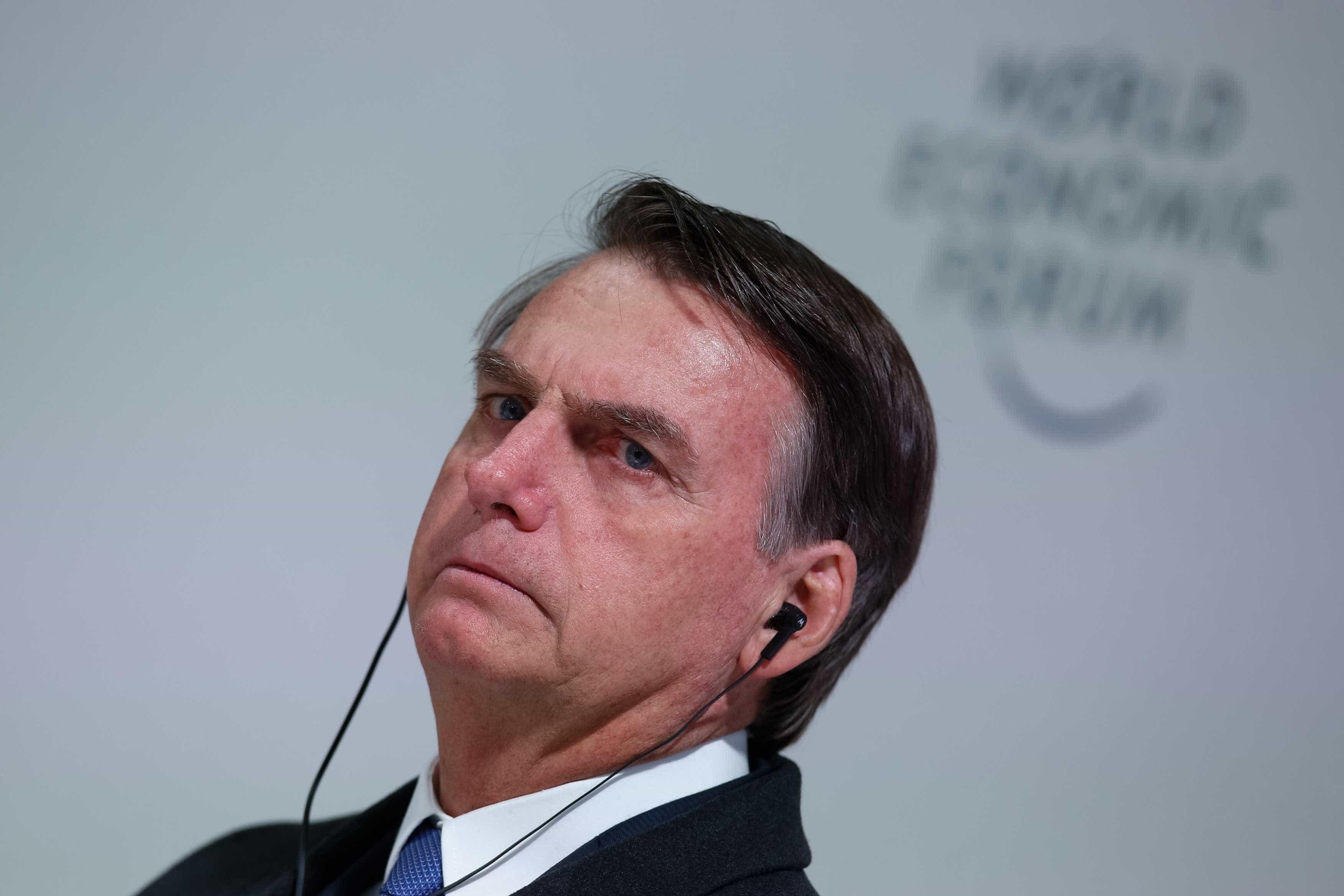 Bolsonaro teme transição de poder 'não pacífica' na Venezuela