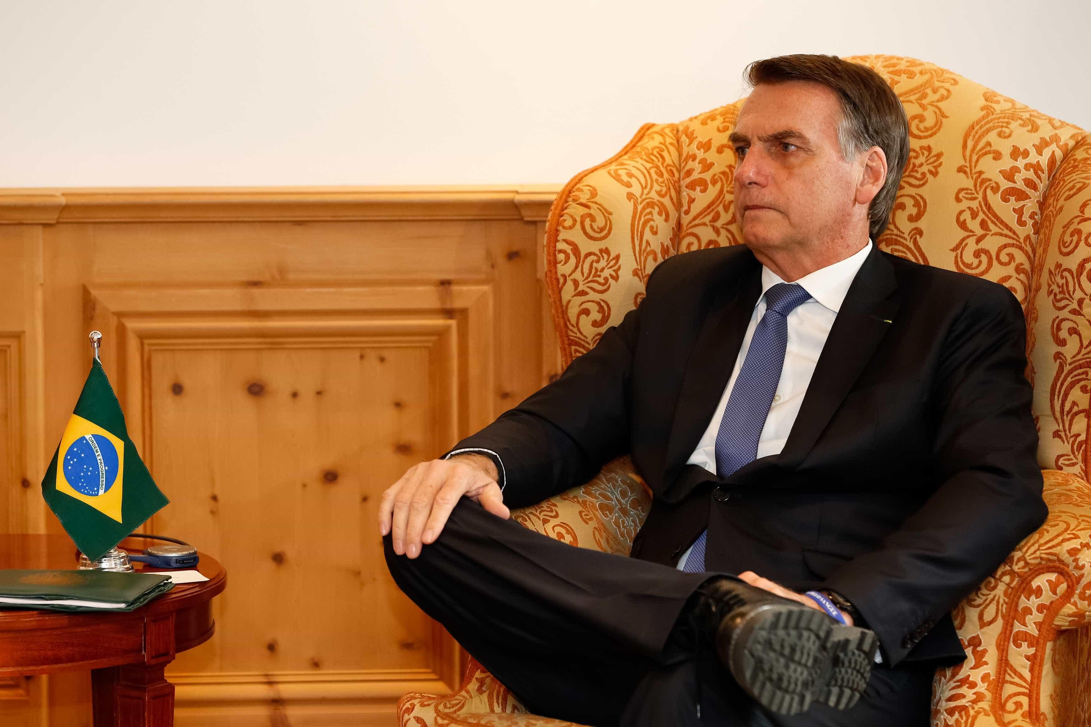 Bolsonaro promete aumentar representatividade de 'joias raras'