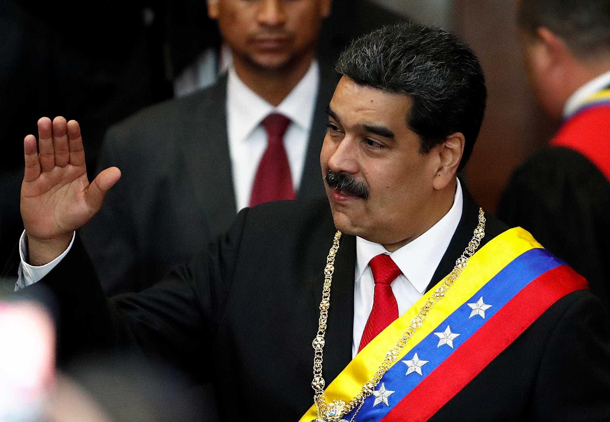 Maduro diz estar disposto a conversar com Guaidó
