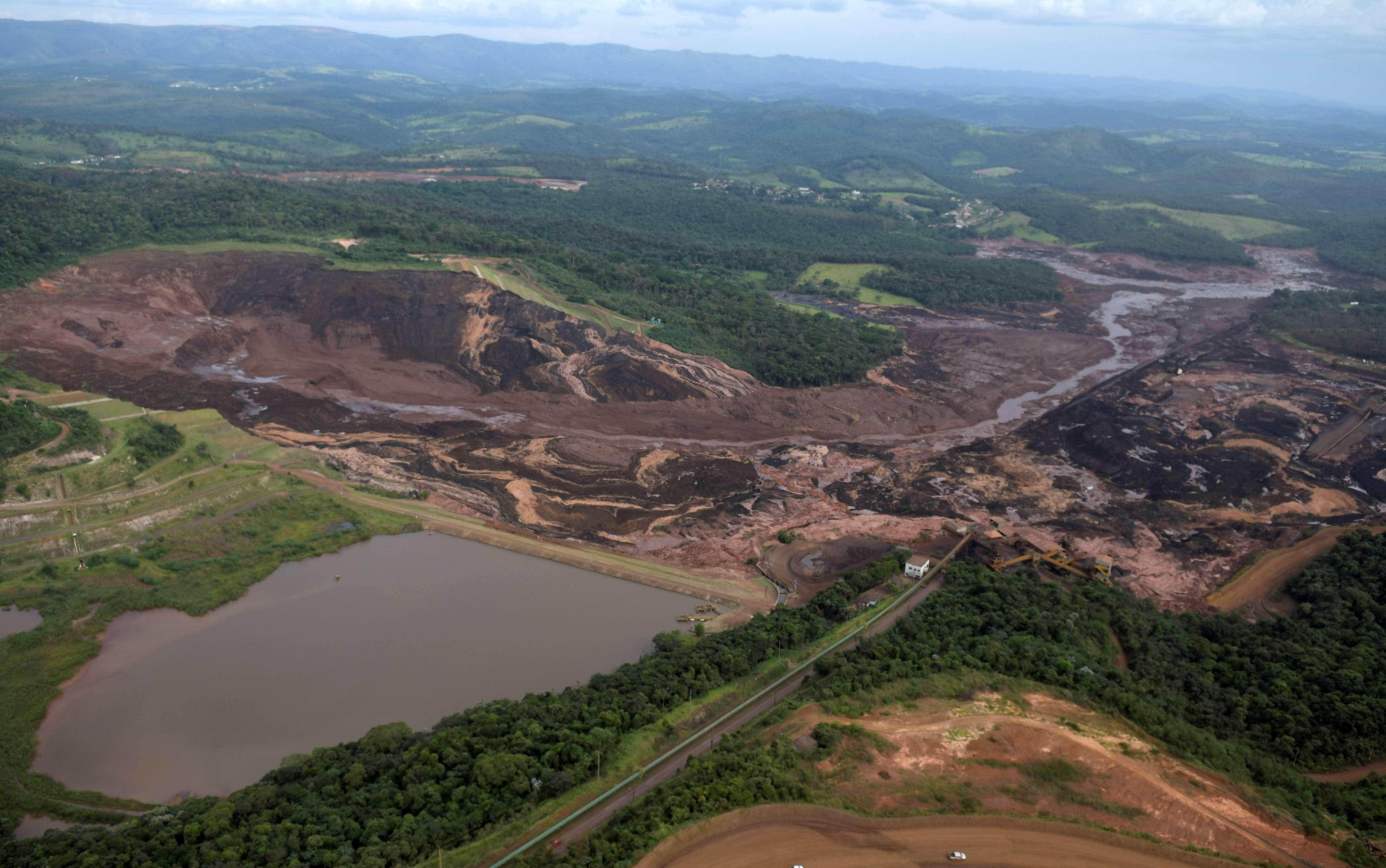 Vídeo mostra momento em que barragem se rompe em Brumadinho