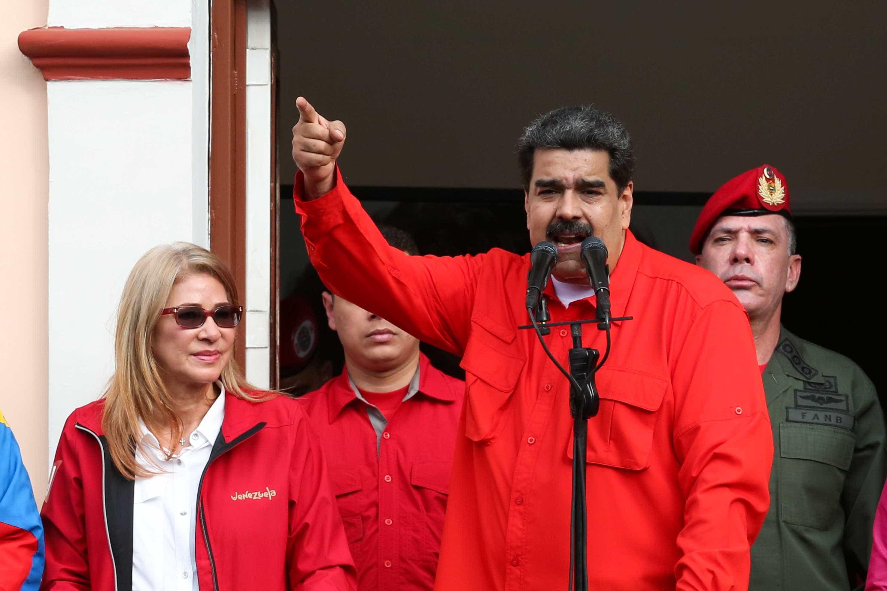Venezuela: lei prevê anistia a quem ajudar na mudança de governo