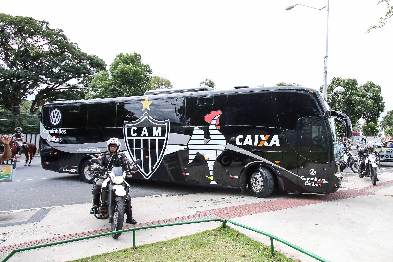 Em meio à tristeza, Cruzeiro e Atlético se enfrentam neste domingo